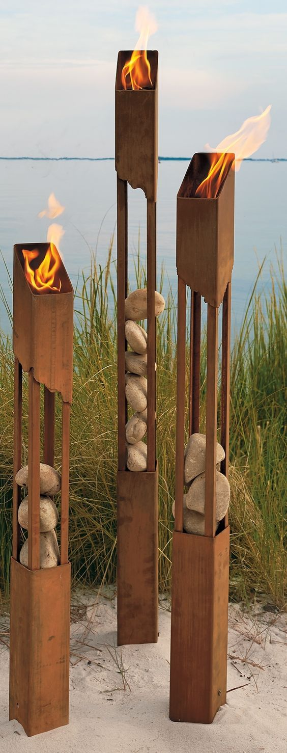SURF STYLE TUBULAR STEEL ART WELDING.jpg