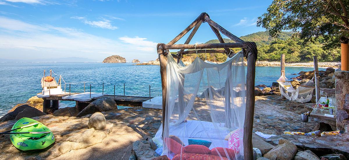 villa-mandarinas-beach-facilities.jpg