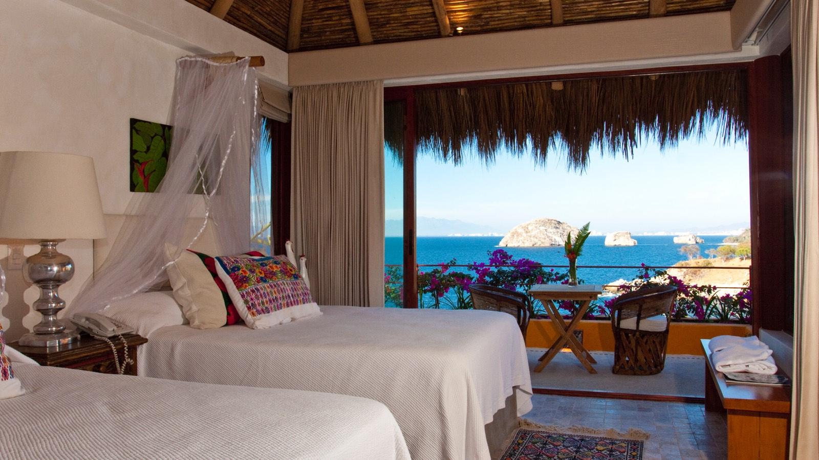 villa-mandarinas-vallarta-sand-bedroom0.jpg