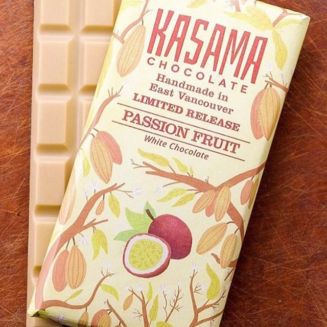 S W E E T // A mid-week pick-me-up from @kasamachocolate? Yes please! #FFLVendor⁠ ⁠.⁠⠀⁠⠀⁠ .⁠ .⠀⁠⠀⁠⠀⁠ .⠀⁠⠀⁠⠀⁠ #vancouver #craftfair #localbusinesses #vancouverisawesome #shipyards #pipeshop #northvancouver #local #proudnorthvan #waterfront #vancouversmallbusiness #freeevents #freeYVRevents #thingstodoinvancouver #bestofvancouver #shopsmall #supportsmall #lovelocal #shoes #supportlocal #local #yvr #yvrevents⁠ #chocolate #yvreats #yvrfoodie #vanfoodie #craftchocolate⁠