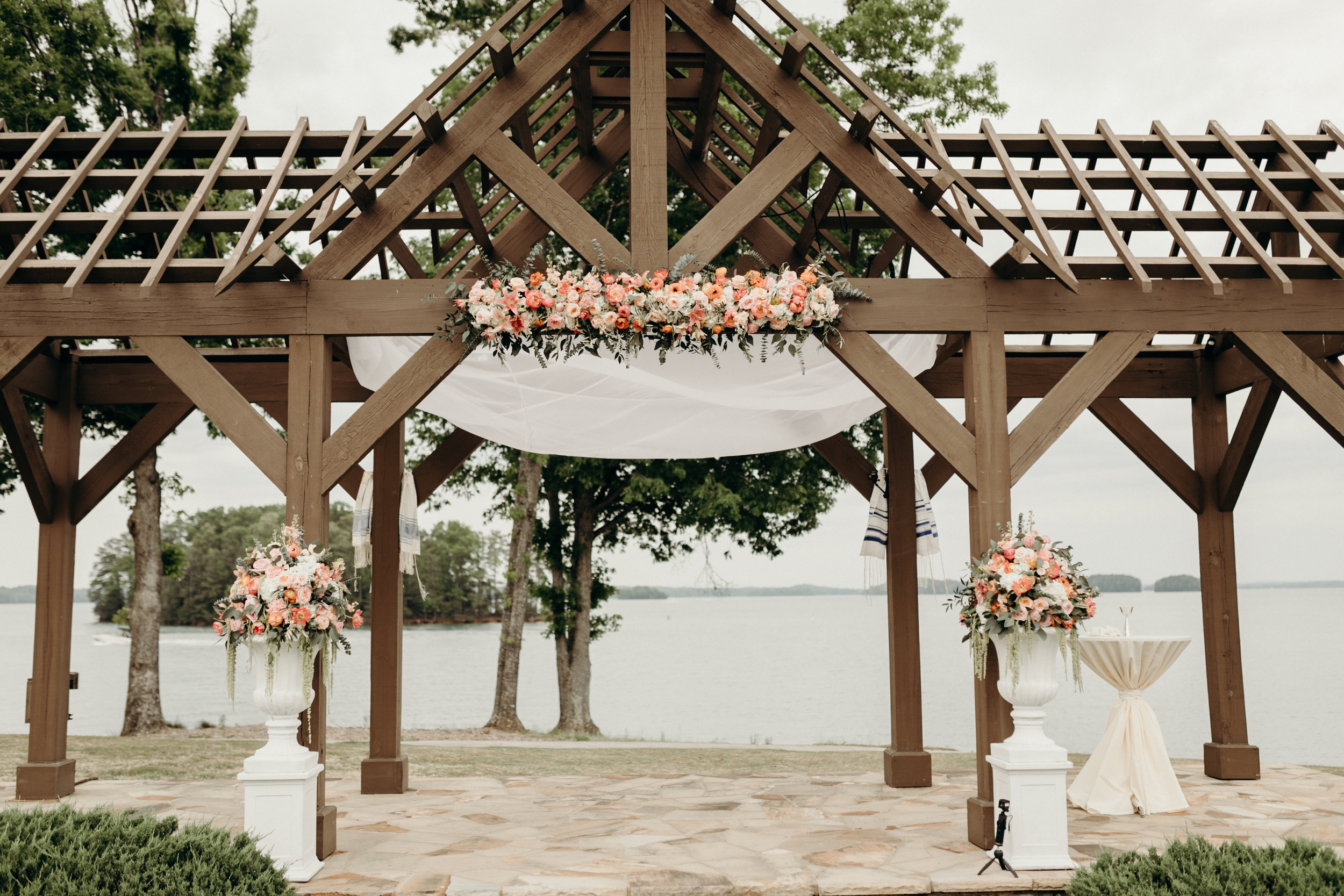 Bruna and Jordan Lake Lanier Wedding Atlanta GA Victoria Bonvicini Photography-347.jpg