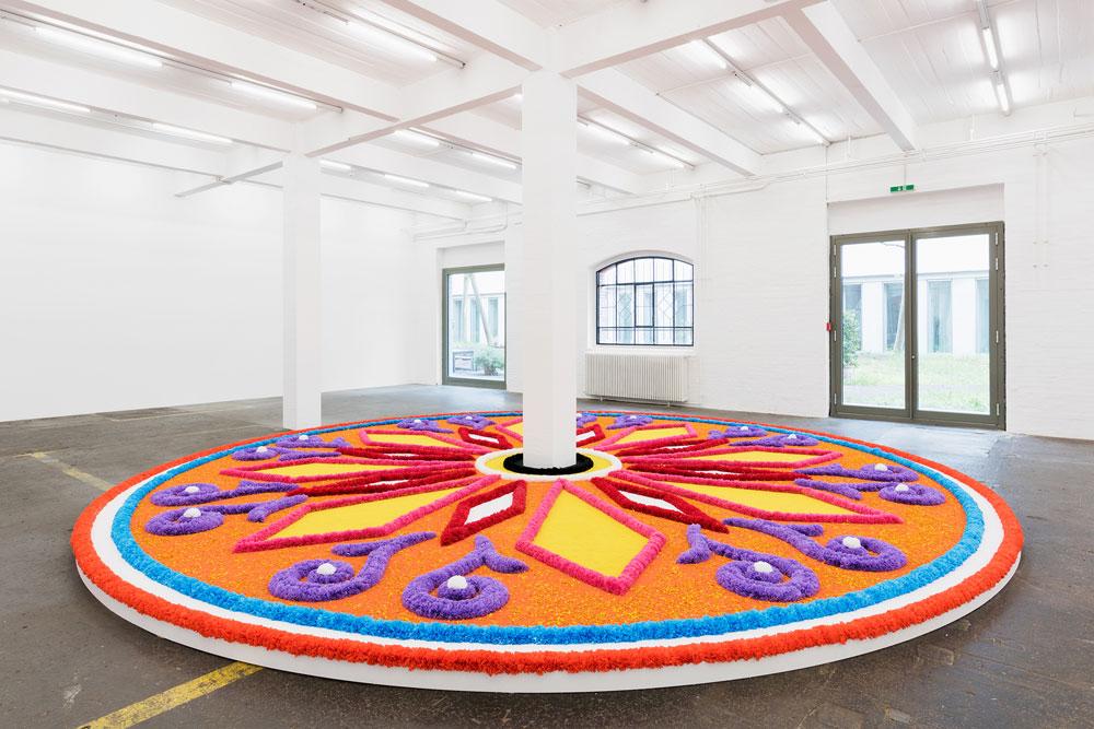 Jill Magid,  The Offering (Tapete de Flores) , 2016, Kunst Halle Sankt Gallen.   https://frieze.com/article/jill-magid-gallen