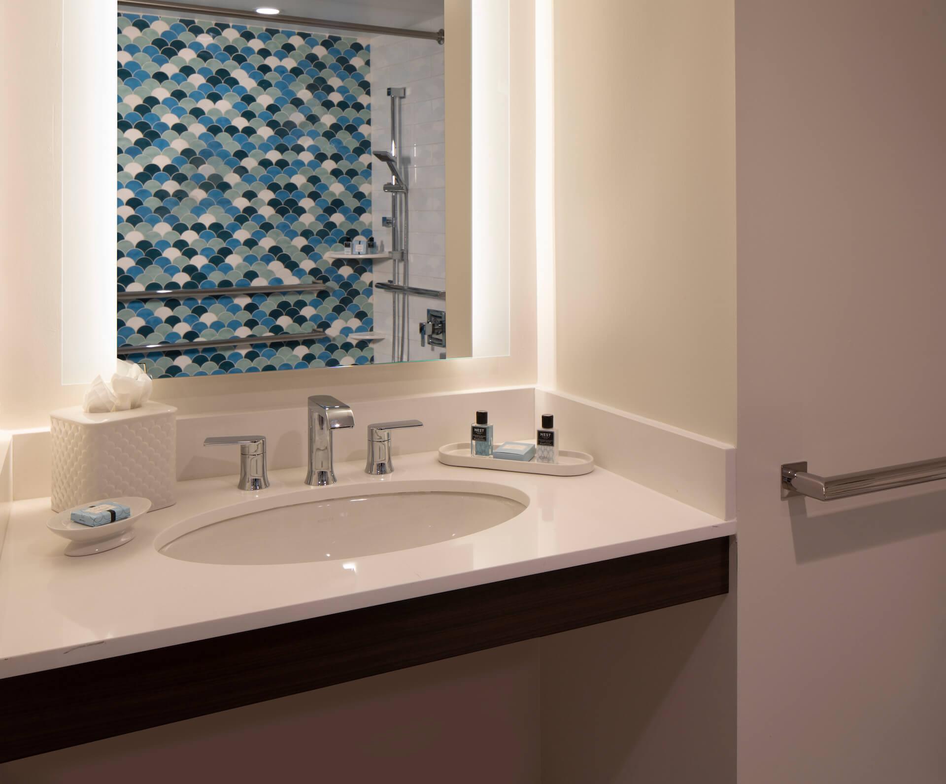 accessible one bedroom king ocean view suite 3.jpg