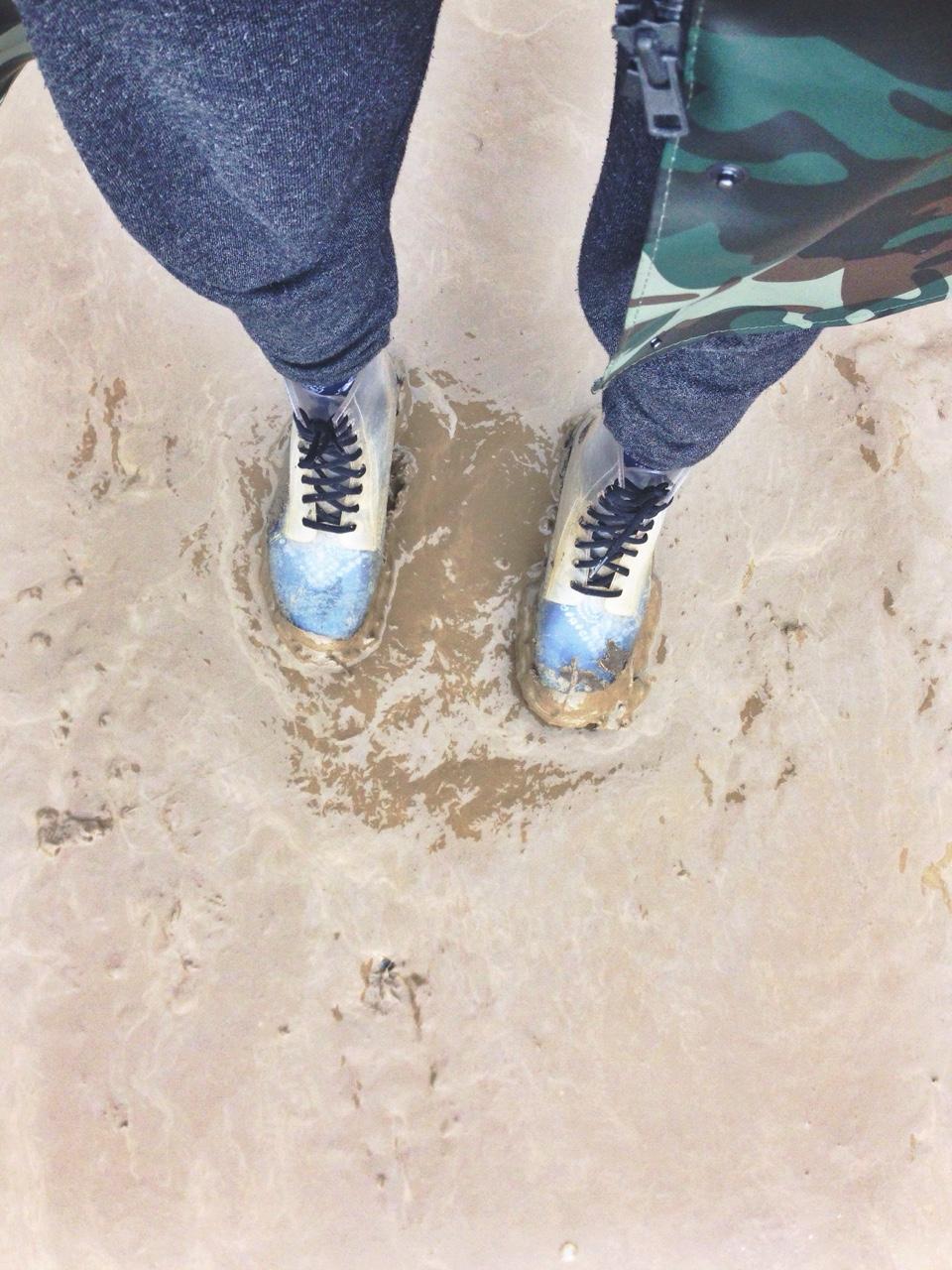 glasto mud.jpg