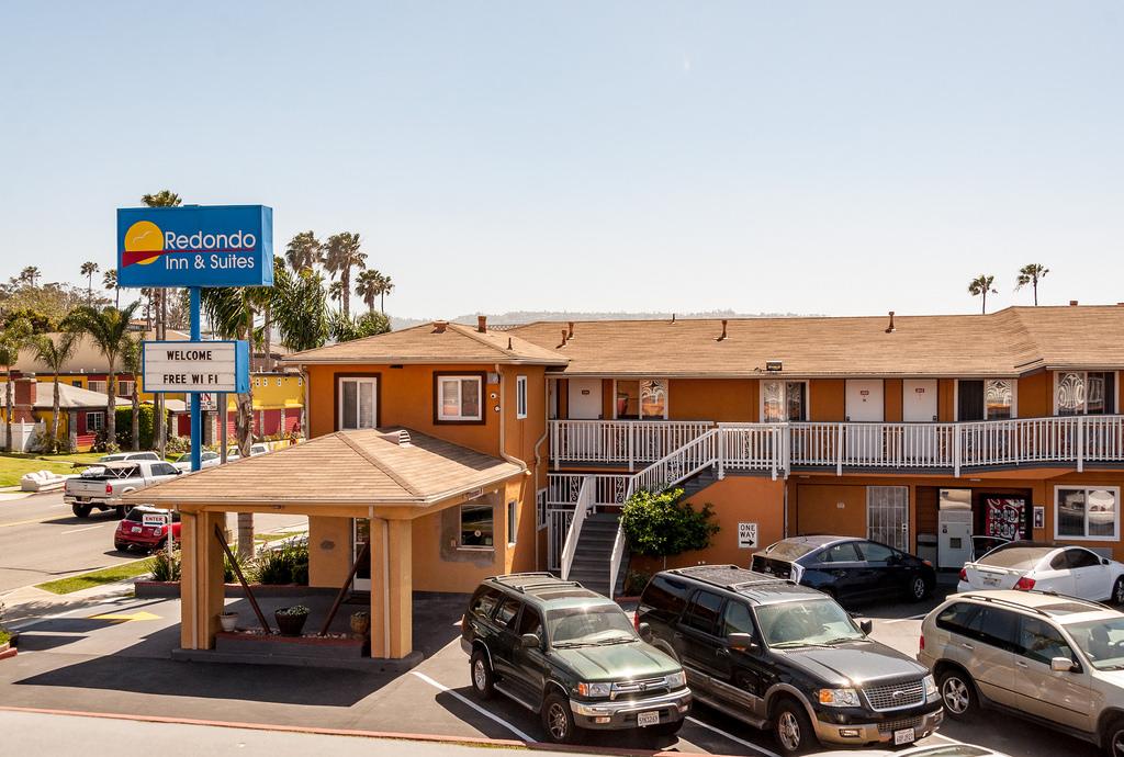 Redondo Inn & Suites - 711 PCH, Redondo Beach, CA 90277