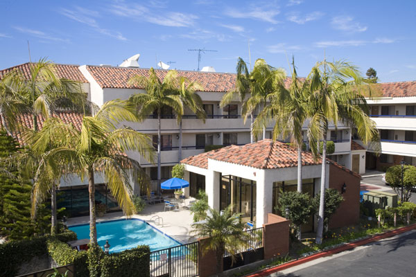 Best Western Plus - 850 S Pacific Coast Hwy, Redondo Beach, CA 90277