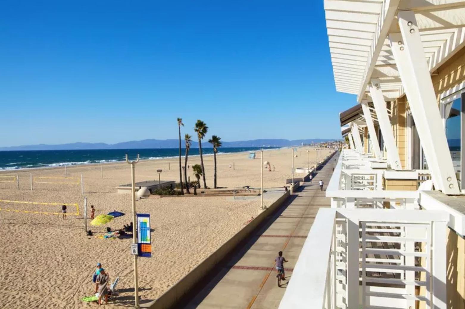Beach House - 1300 The Strand, Hermosa Beach, CA 90254