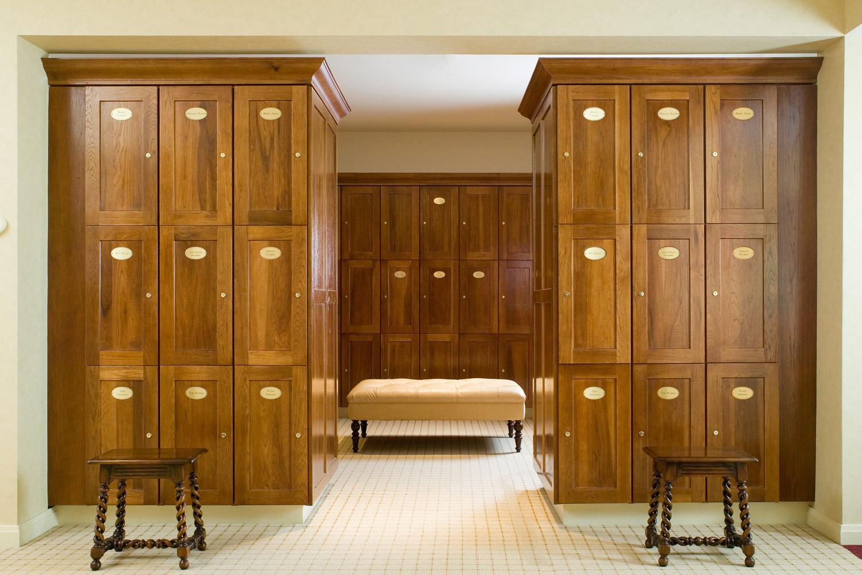 10_GSC_GBSC_Men's Locker Room_45.jpg