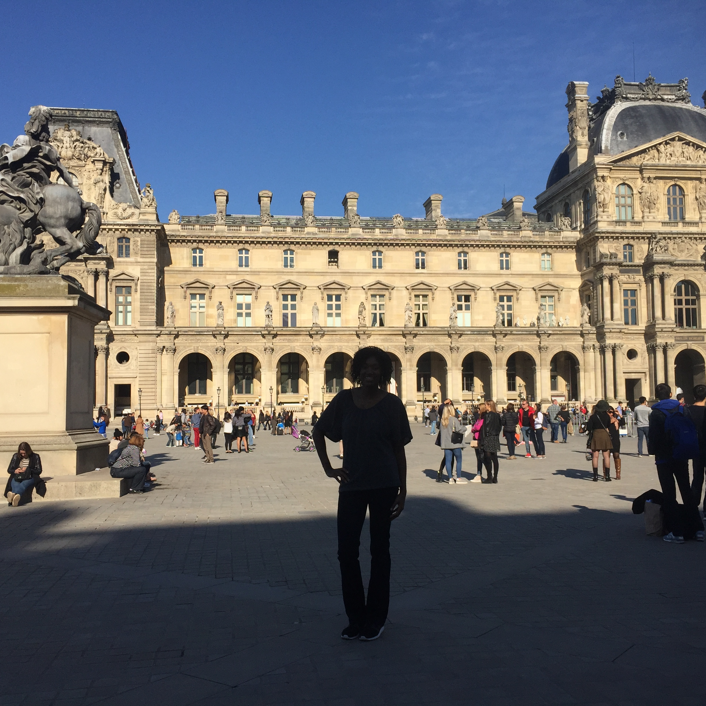 Outside the louvre!