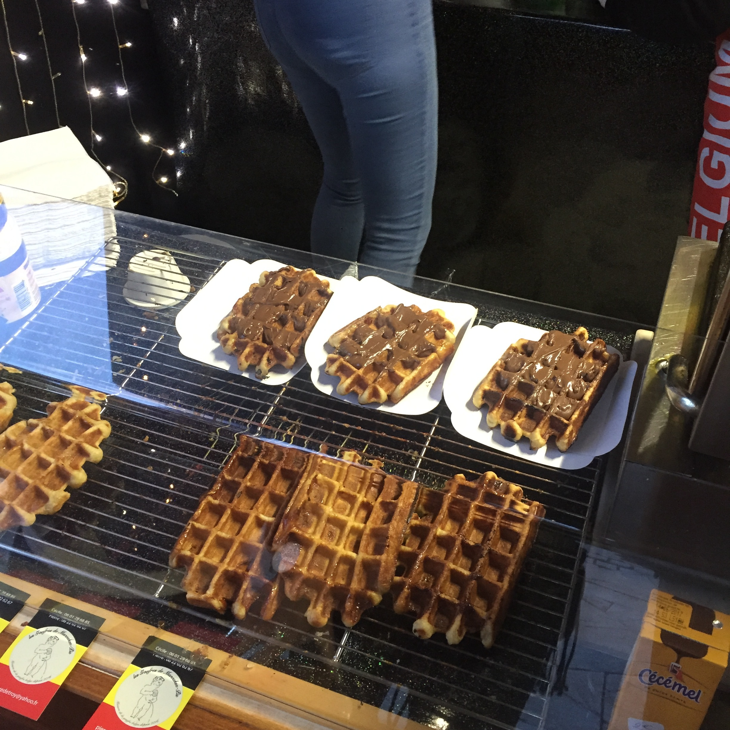 These waffles were delicious! Nutella and Dark Chocolate.