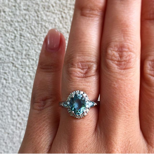 Blue Vision 💧  Happy Weekend All! ____________________ #sallyrosewhitelabel aquamarine #dreamring #friyay