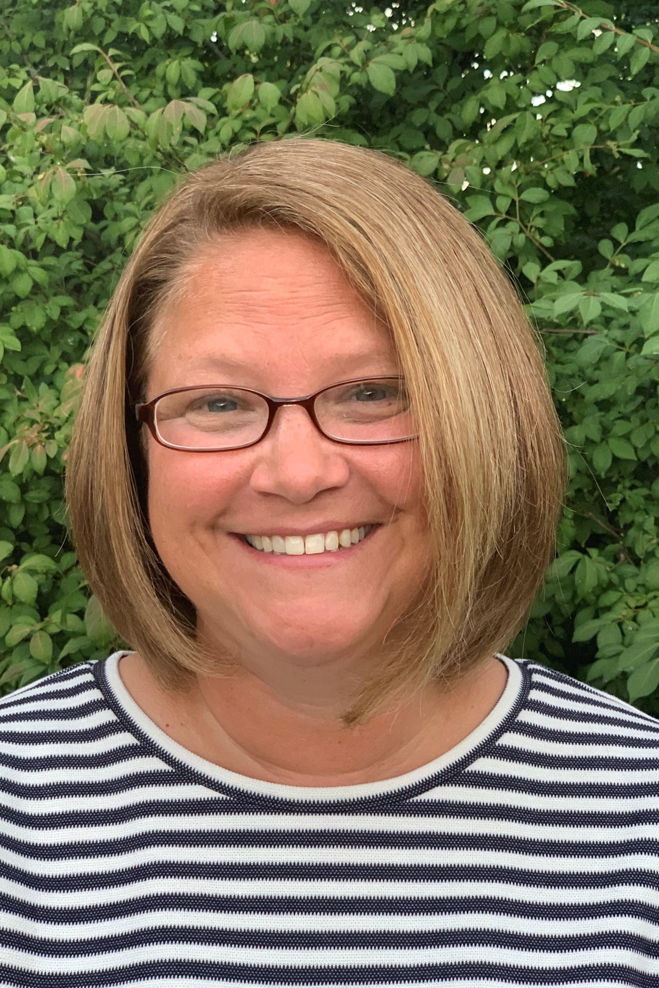 Mrs. Stacey Barrett  Director sbarrett@llccgahanna.org