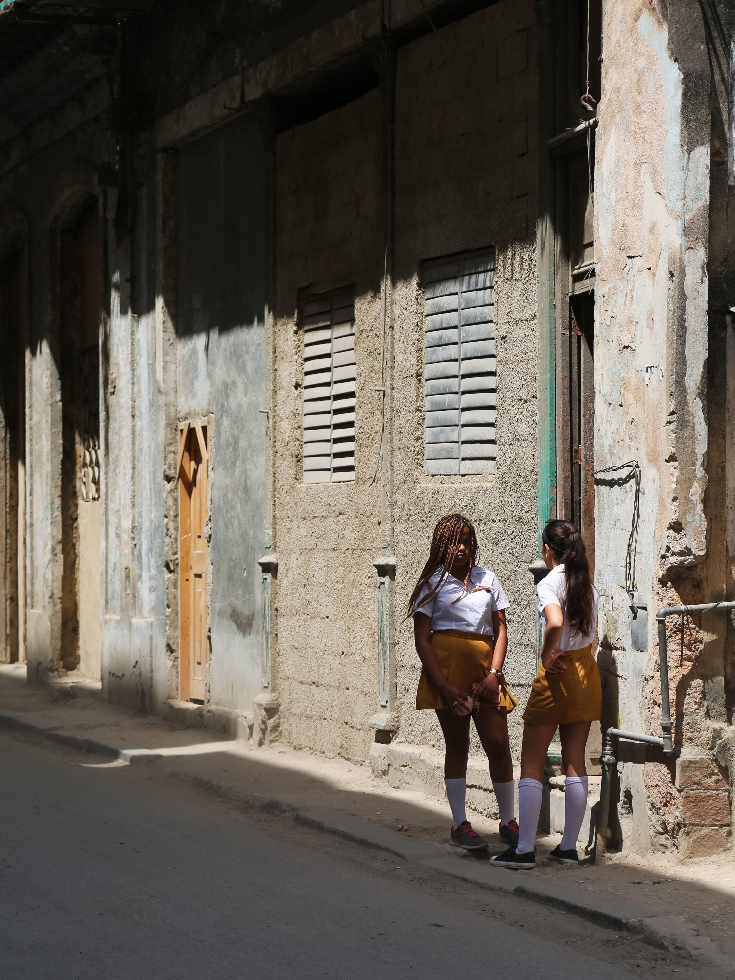 Katie_June_Burton_katiefresca_CUBA-11.jpg