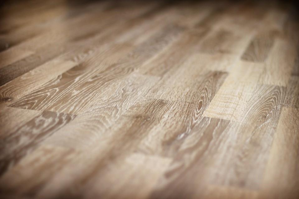 Lamintate flooring.png
