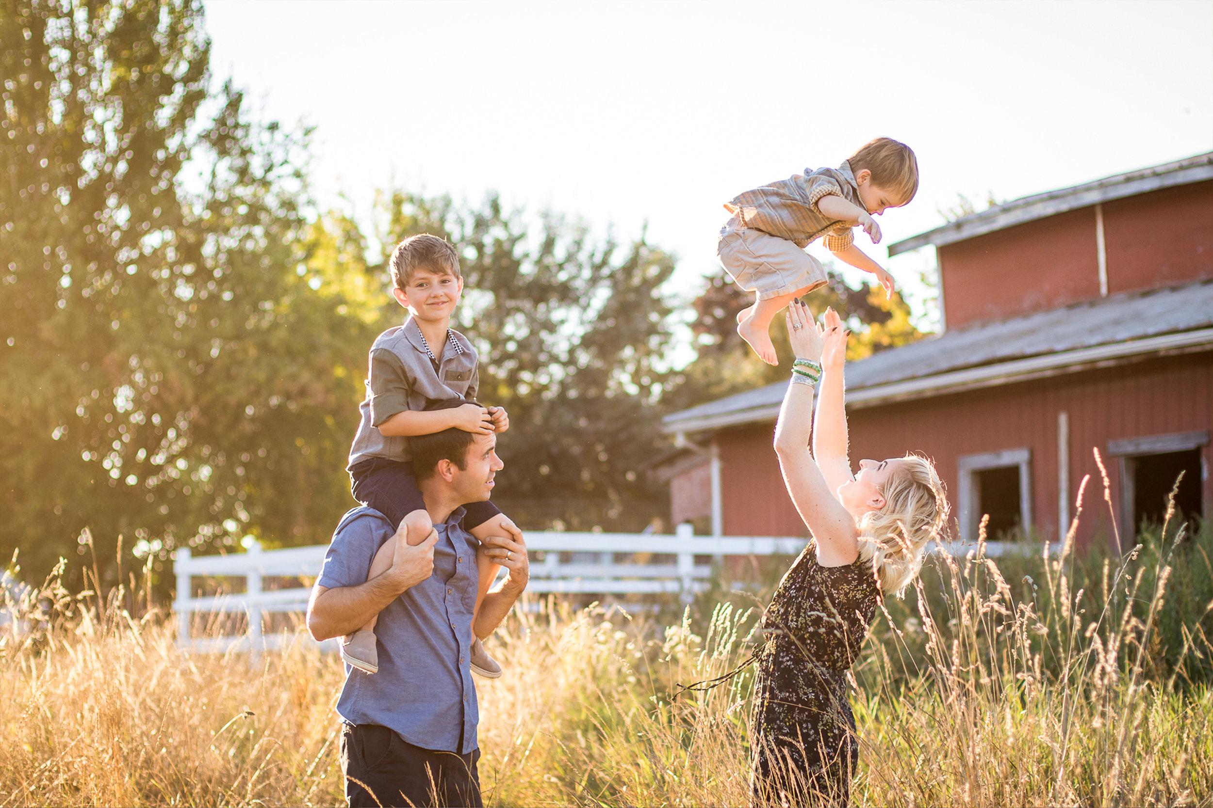 family candid 1.jpg