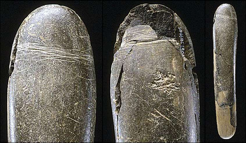 29000 BC  The Paleolithic Era. Stone phallus discovered in Germany in the cave Höhle Fels. Carved from fine-grained siltstone.