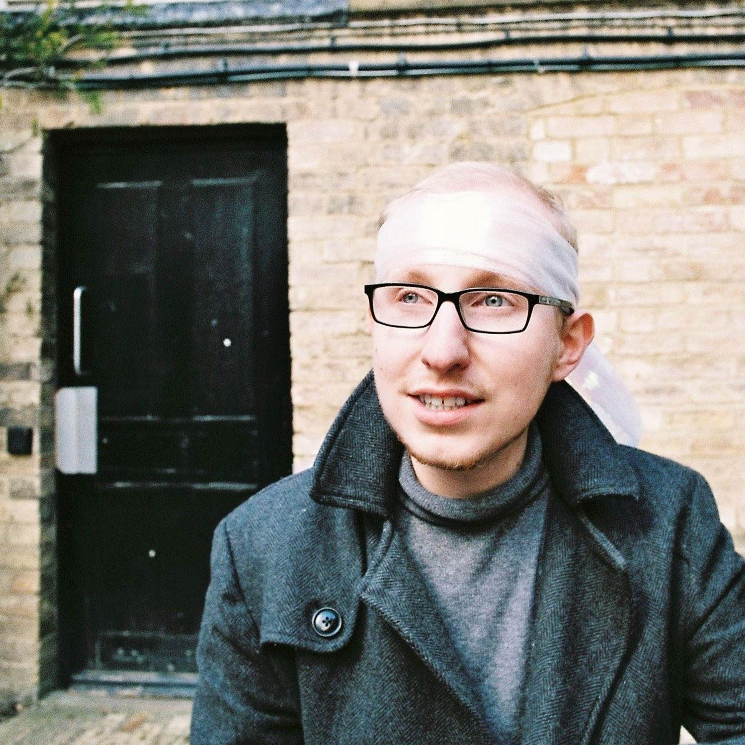 Oliver Baldock | +44 (0)7975753101 | www.oliverbaldock.com