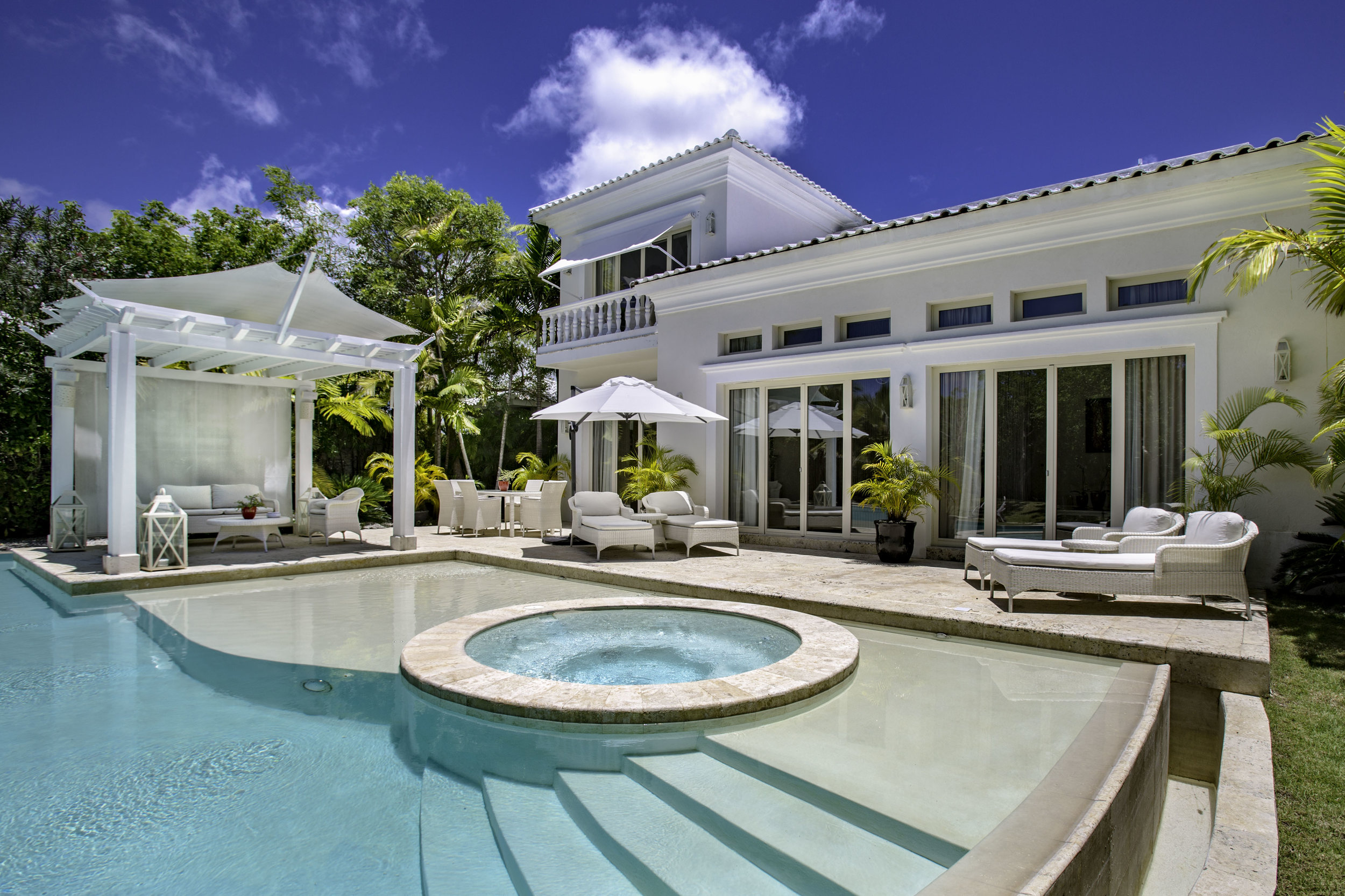 Three Bedroom Royale Villa_Swimming Pool_0635.jpg