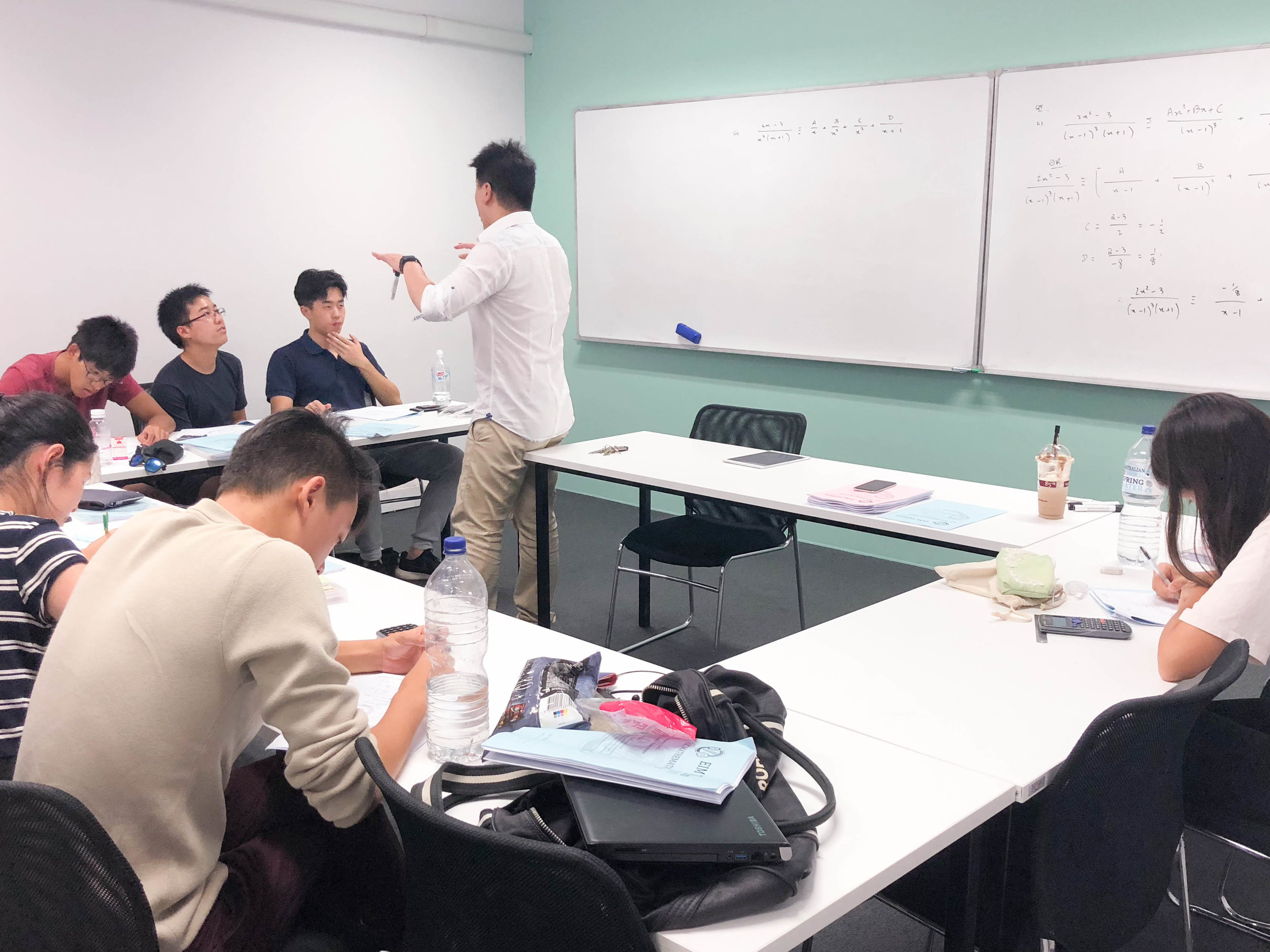 HIGH-ENERGY TEACHING - Based on the age-old Socratic style of teaching, our staff have been trained to engage at a deep level, through direct interaction and participation. You will never find EIM tutors simply lecturing, or talking