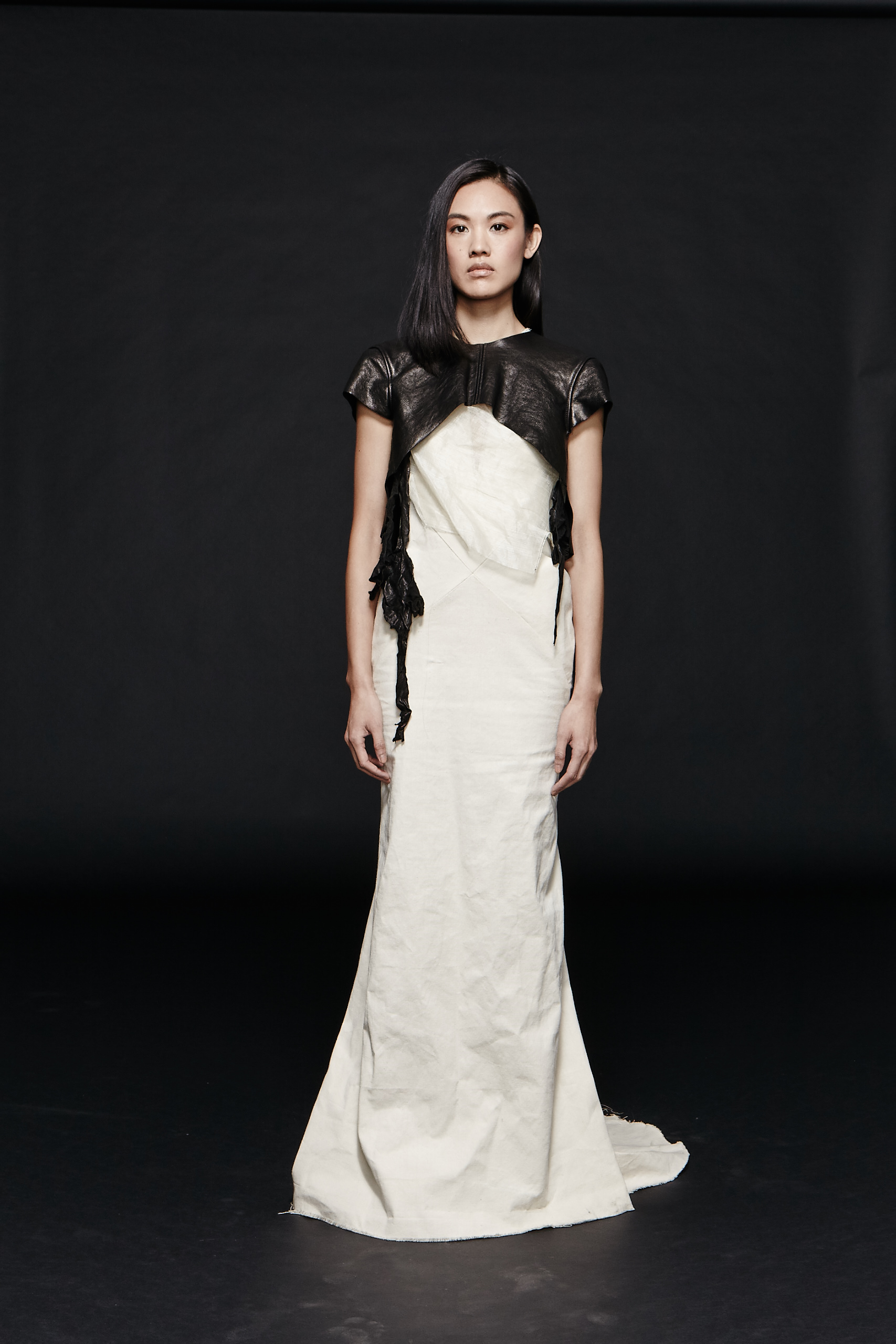 Titania Inglis  $$$  Gorgeous gowns for special occasions with a powerful and fierce design.