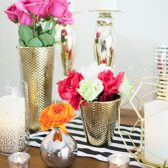 Swooning over the gold and stripes seen all over our MODERN+BRIGHT kit! Get everything you need to achieve this look in a complete self setup package 😍 Check out the details of this rental package at www.showersbyally.com . . . . #showersbyally#bridalshower#azbridalshower#bridalshowerdecor#bride#azweddings#desertwedding#phxweddings#scottsdalewedding#gilbert#gogilbert#gilbertweddings#phoenixwedding#azweddingdecor#weddinginspo#theknot#smpweddings#phxweddingvendors#gilbertnow#gilbertsmallbusiness#azweddingvenue#happyhosting