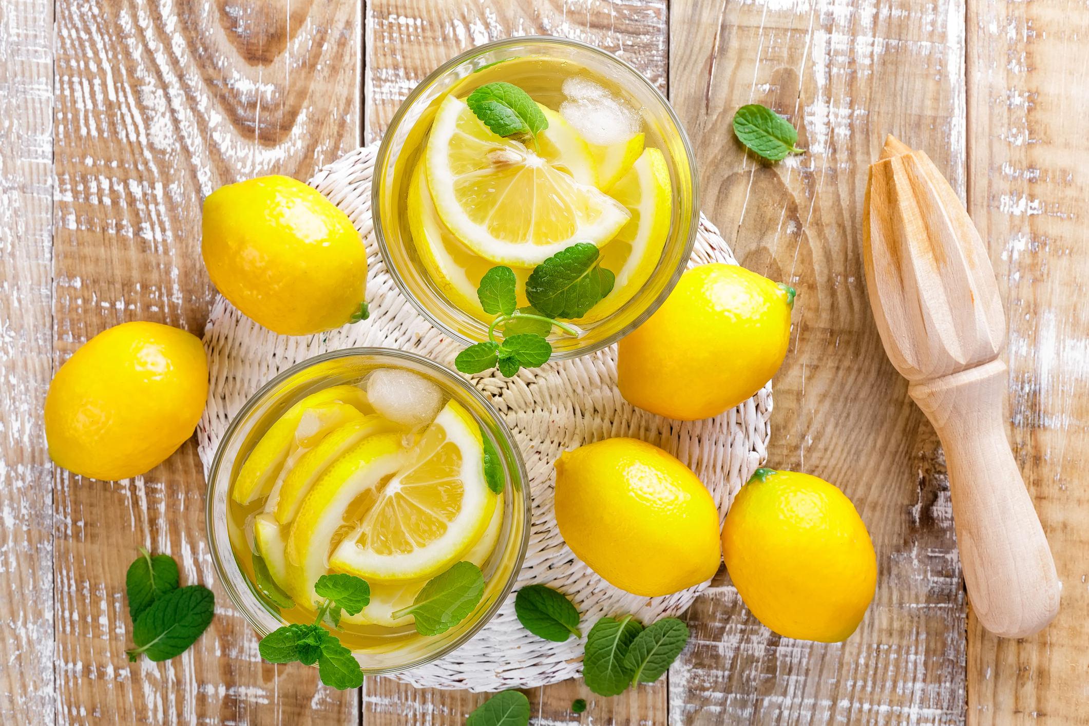 Citroen & Munt - Een verfrissende groene thee, verrijkt met citroen en munt voor een unieke ervaring.Een moment om uw lichaam en geest op elkaar af te stemmen.