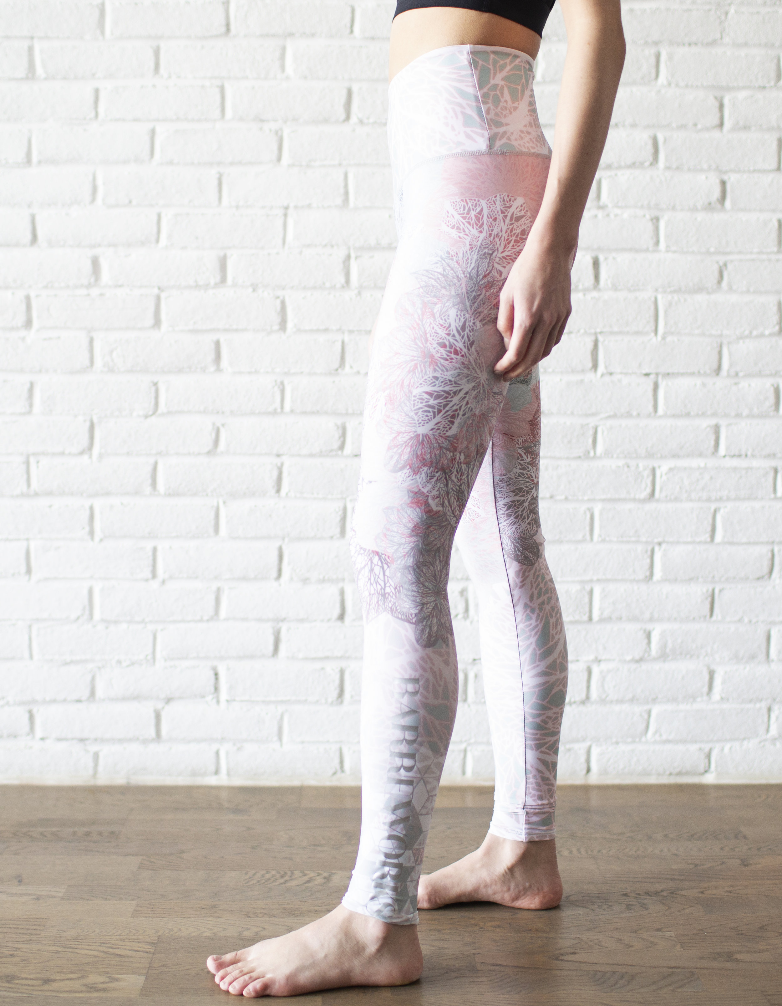 Delicate Floral High Rise Legging