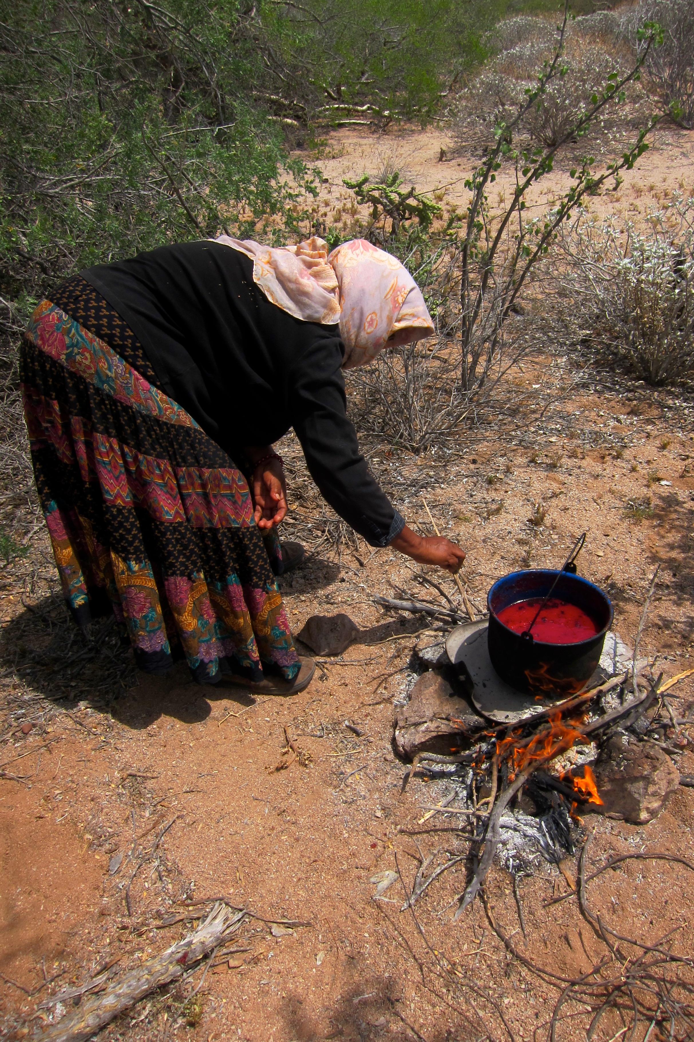 Hortensia stirring pitaya syrup on a previous excursion