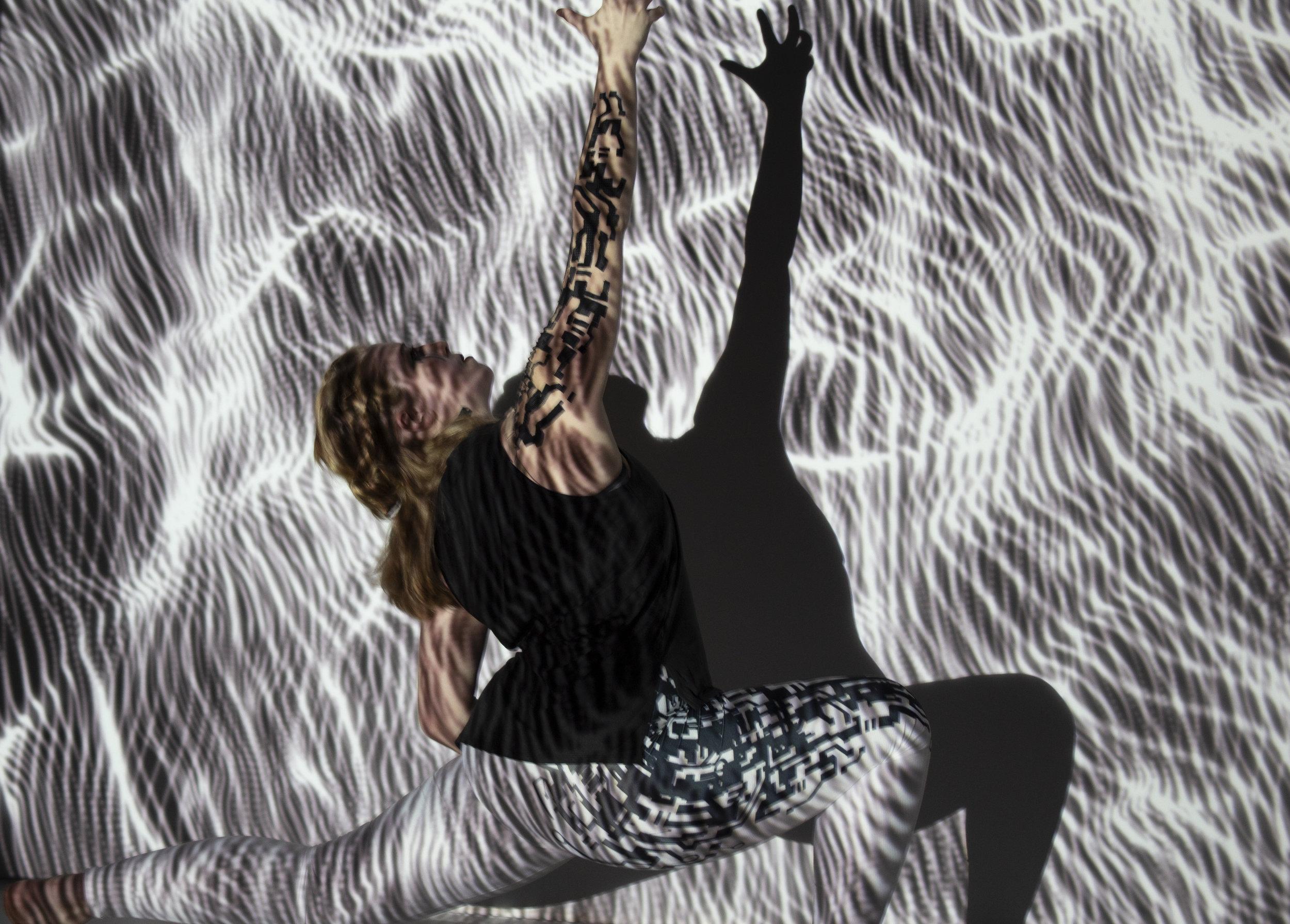 Hav swirls overhead reach.jpg