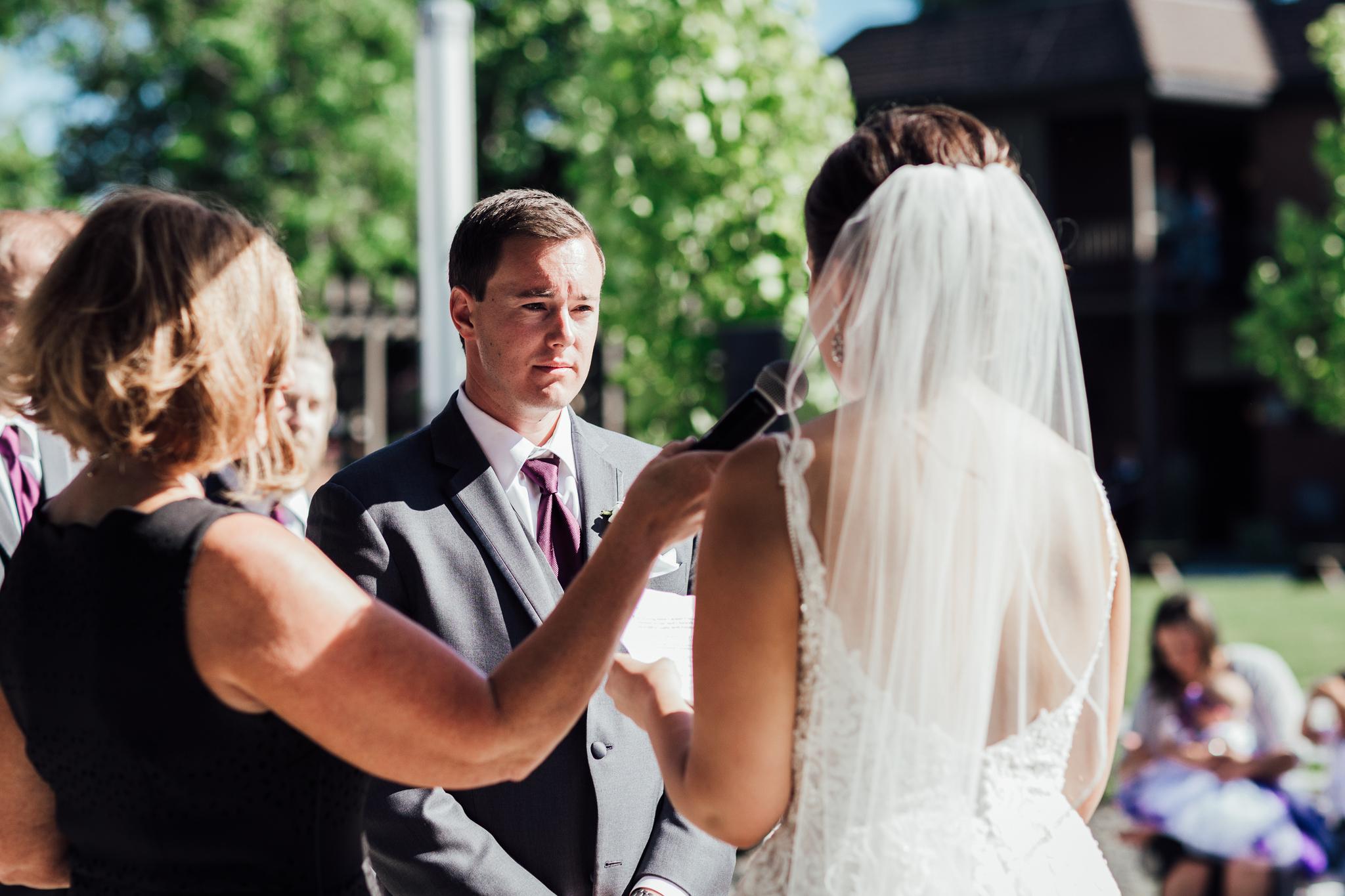 ceremony groom