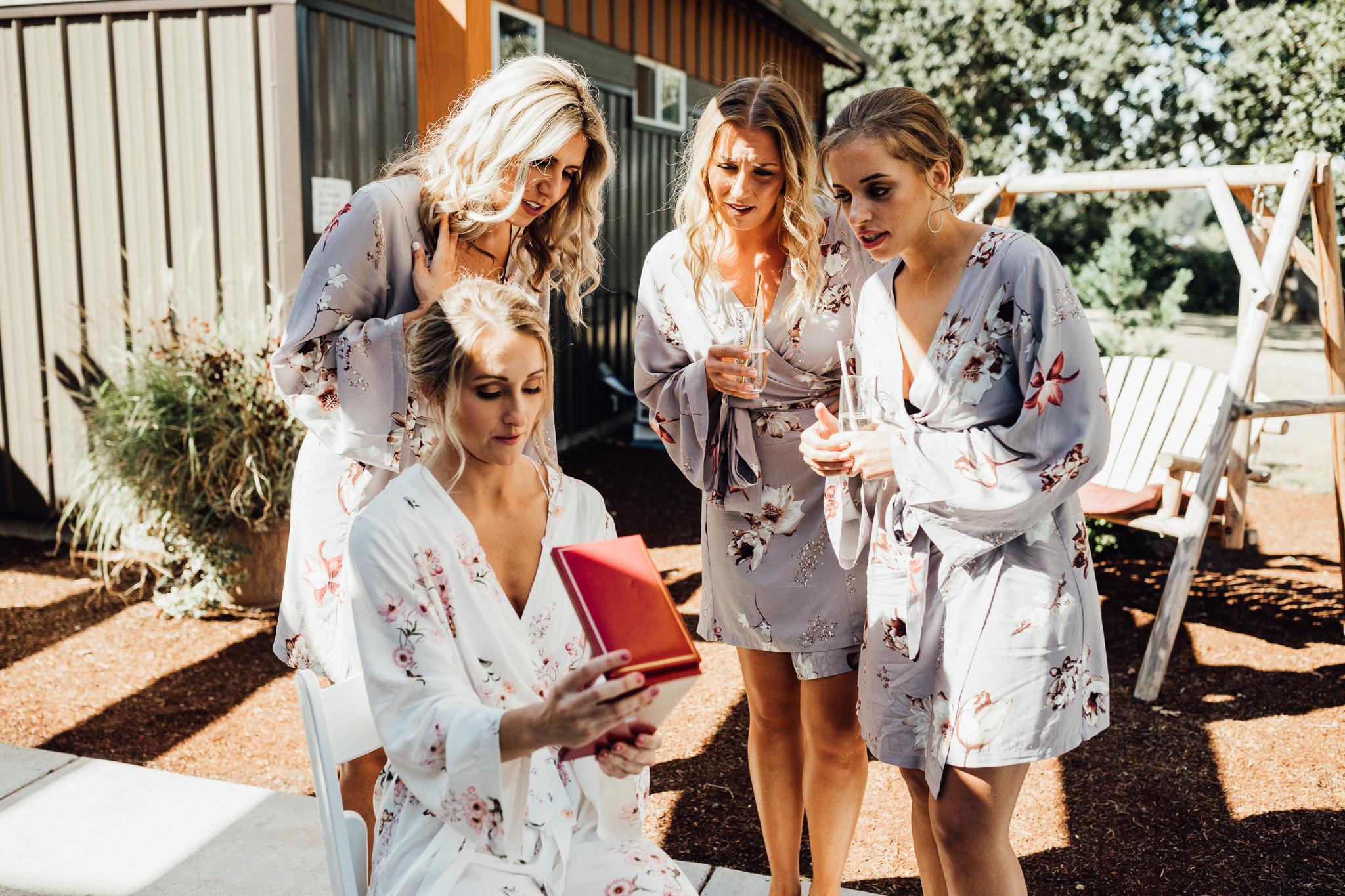 BridesmaidsBLOG-9.jpg
