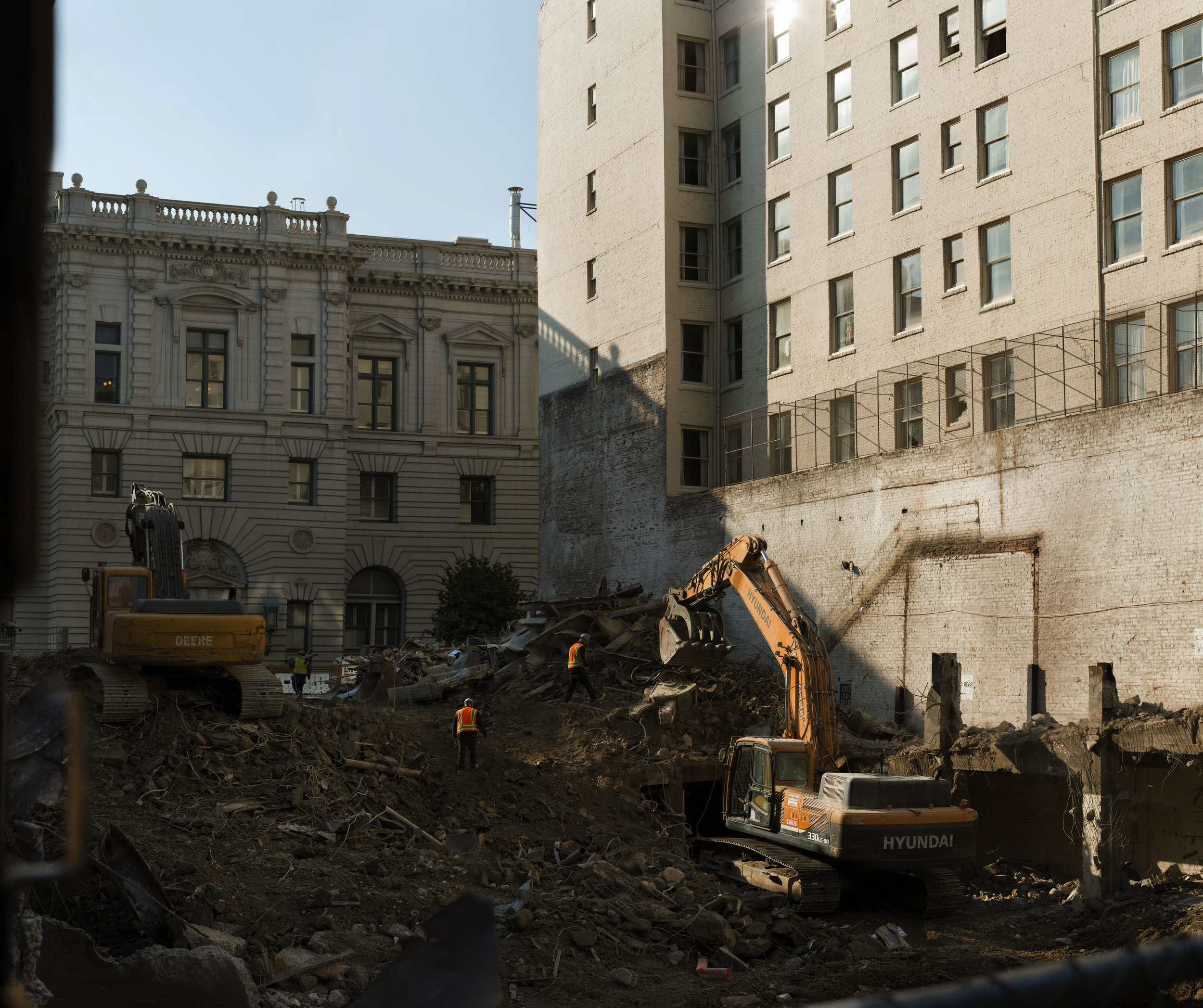 San_Francisco_In_Ruins-CarlyCram