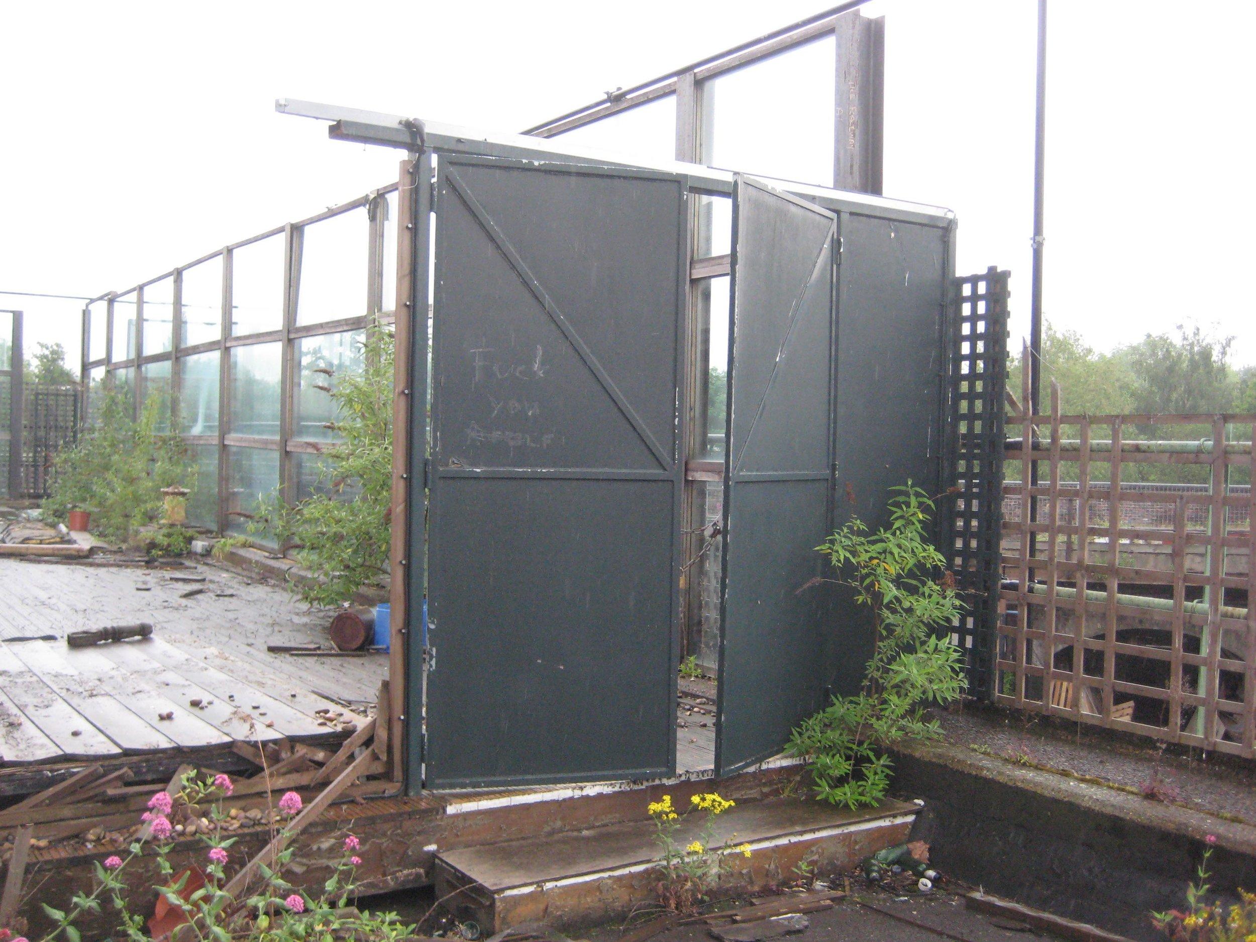 XXVI Walls removed (doors locked).jpg