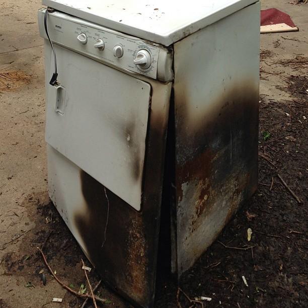 jul1zimmmain1Clothes-dryer-damaged-by-fire.jpg