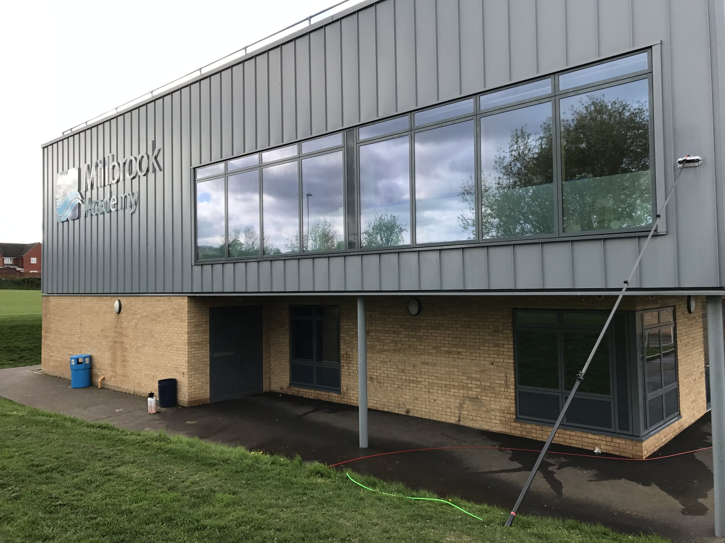 COMMERCIAL & RETAIL WINDOW CLEANING   REQUEST A QUOTATION