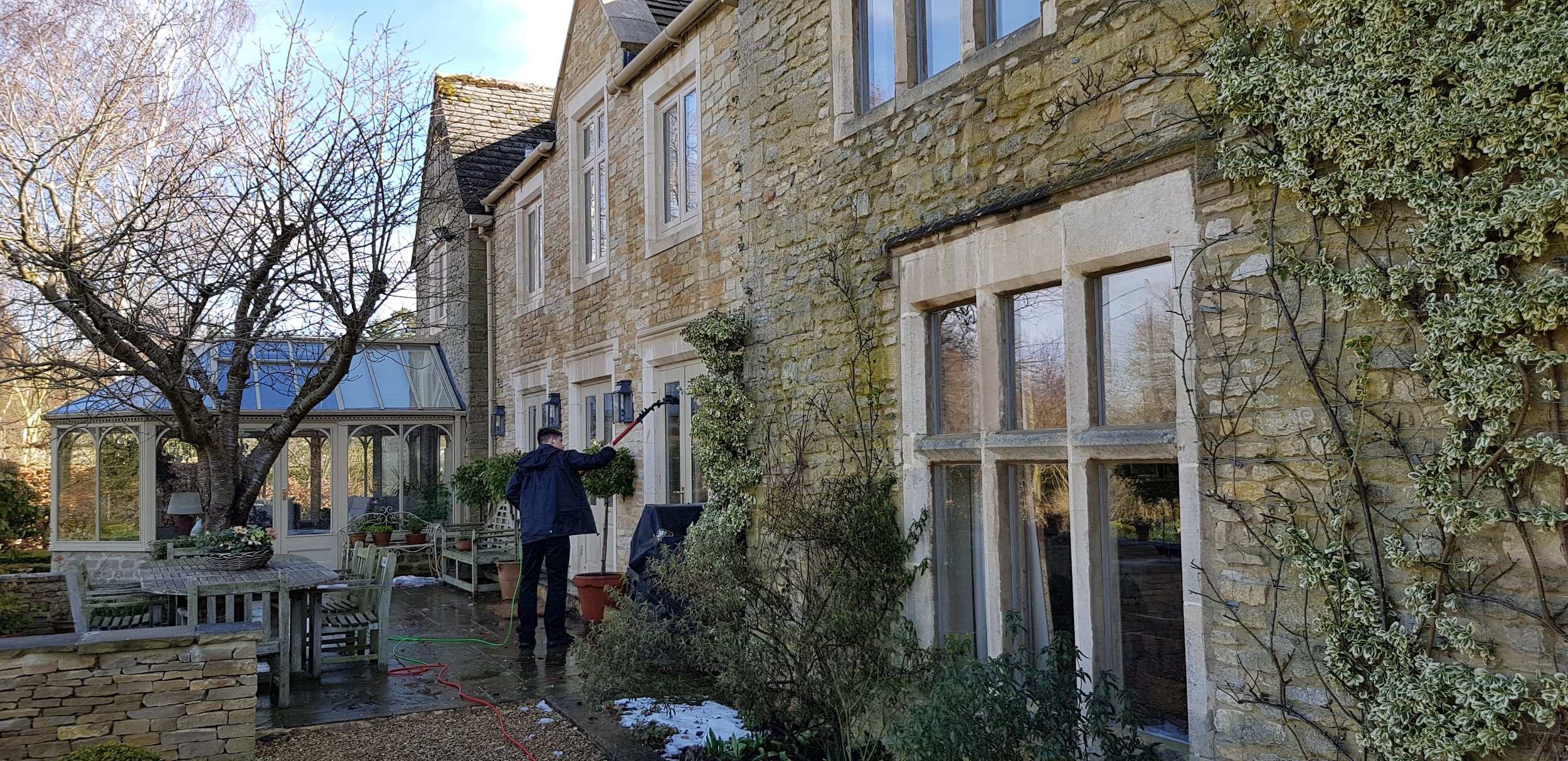 Window cleaning Gloucester