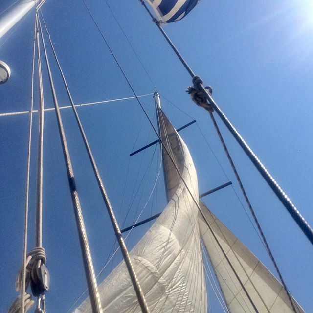 Love this view. We don't put up our sails often, but every time we do it's a treat!  It's like getting a blowout. So much fun, and the pics are amazing! 😂