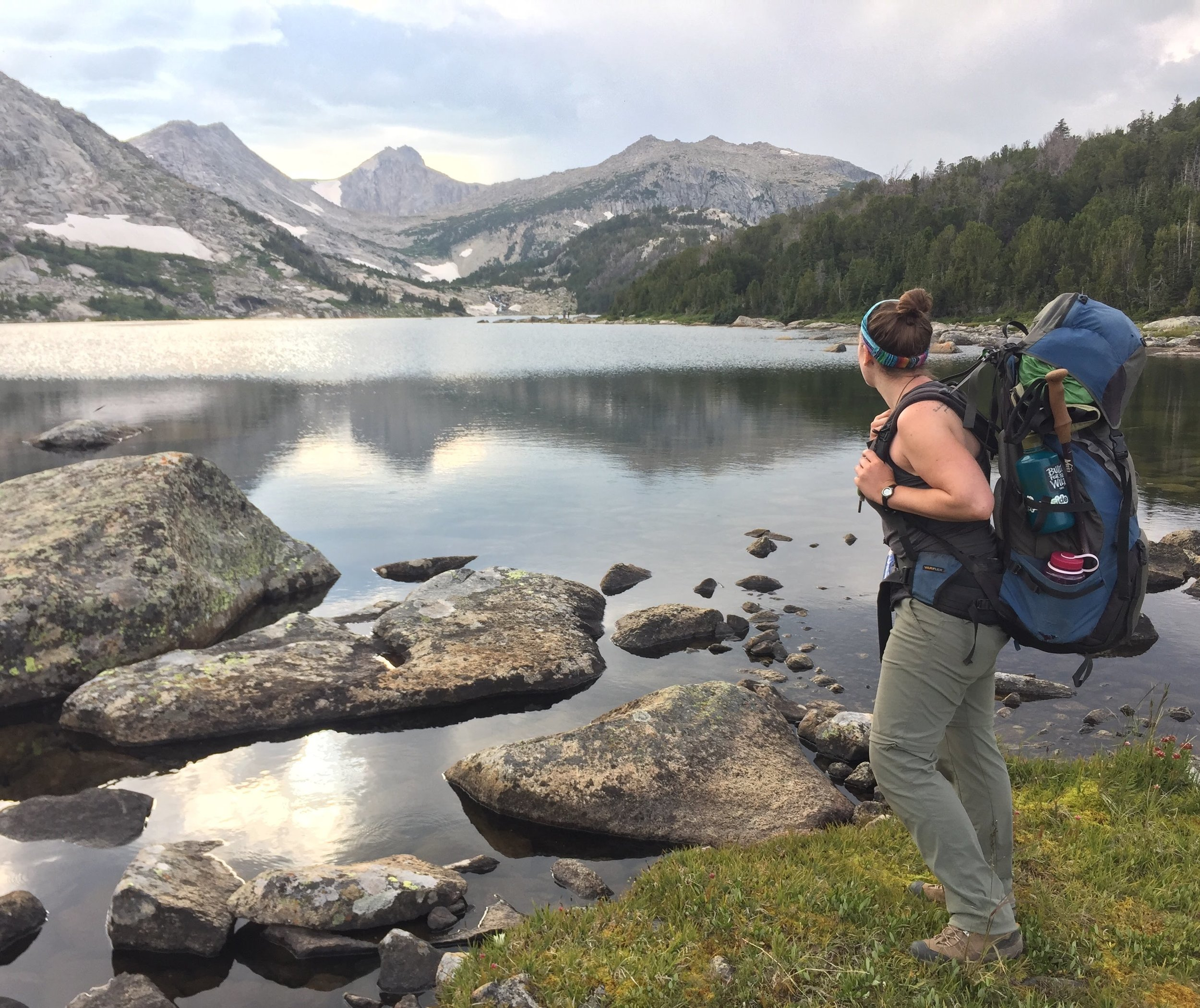 WY _ Mountain_Lake.JPG