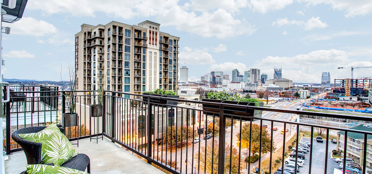 Affordable Luxury Apartment Homes, Lofts, and Townhouses Near Downtown, Vanderbilt, Midtown, The Gulch, and More