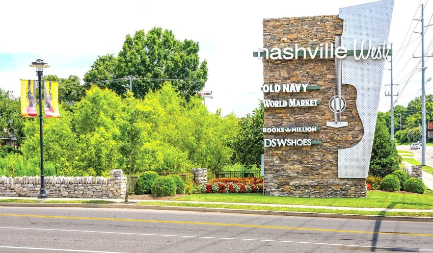 Apartments Close Access to Downtown and Nashville West