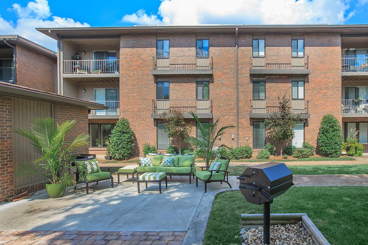 Quiet Apartment Homes near Nashville TN in West Nashville