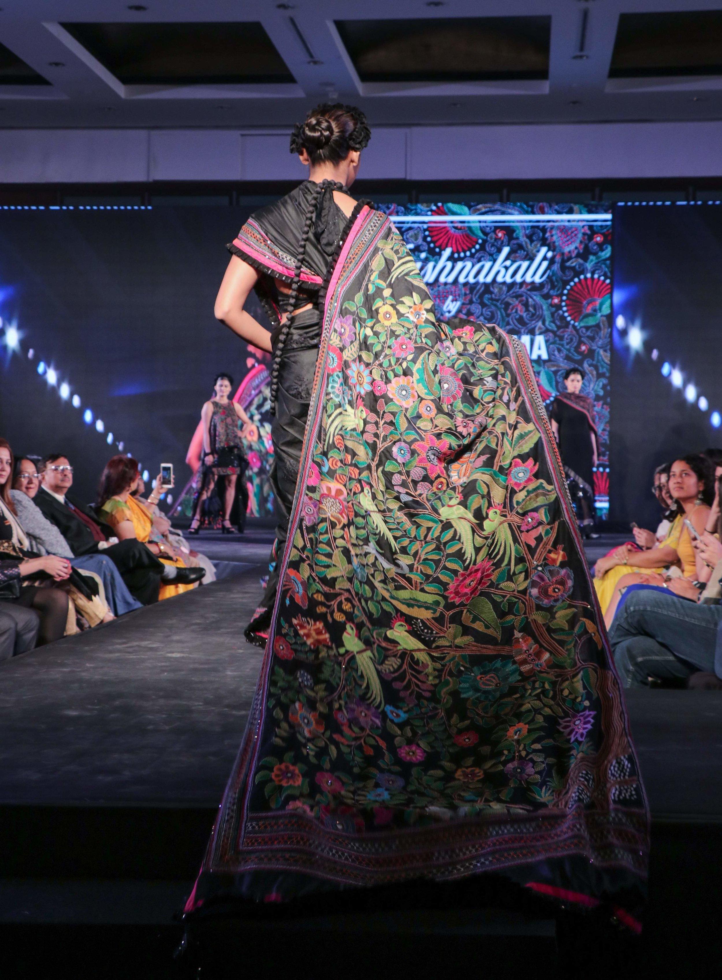 A_close-up_of_an_elaborate_kantha_embroidered_saree.jpg