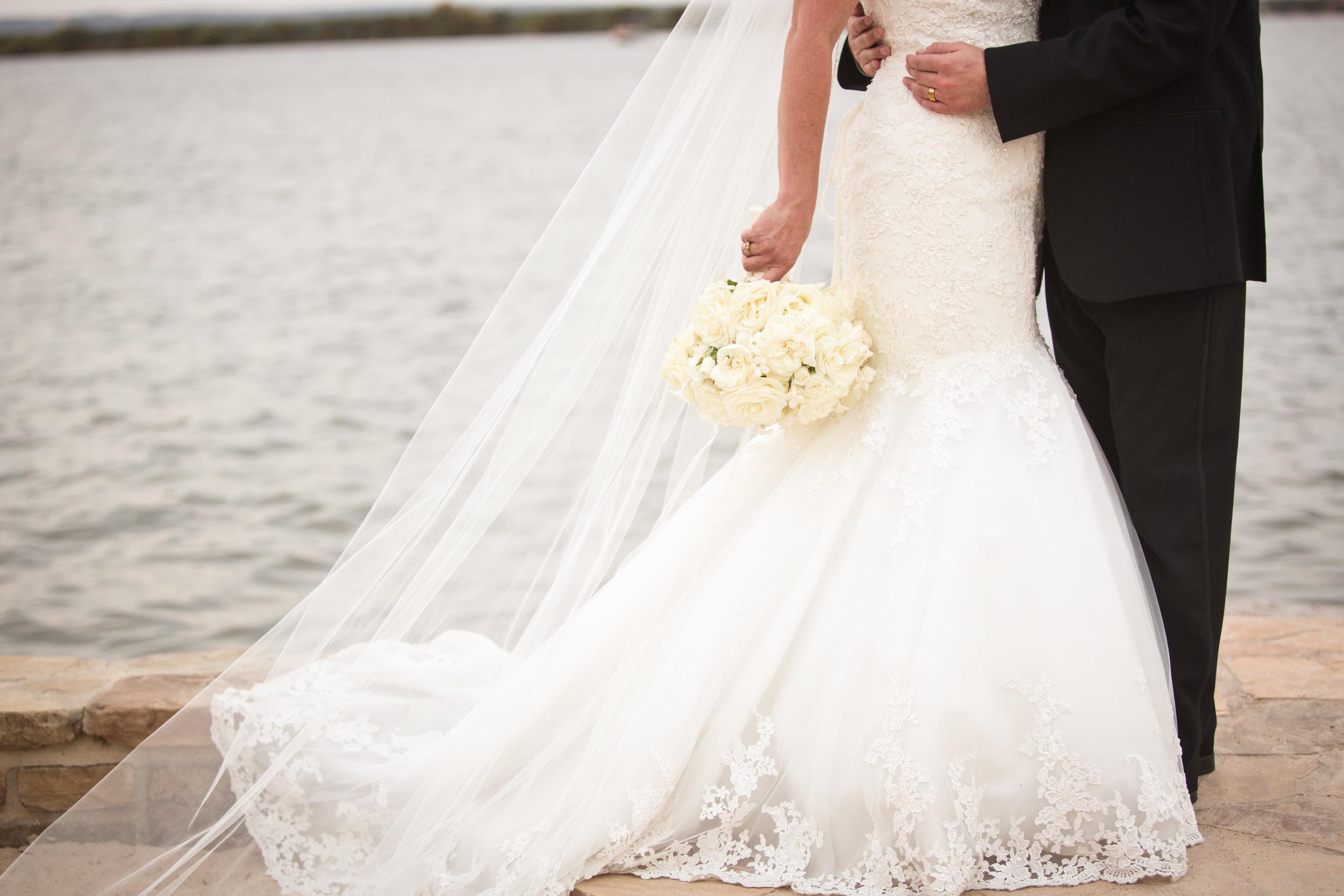 Horseshoe_Bay_Yacht_Club_Wedding_25.jpg