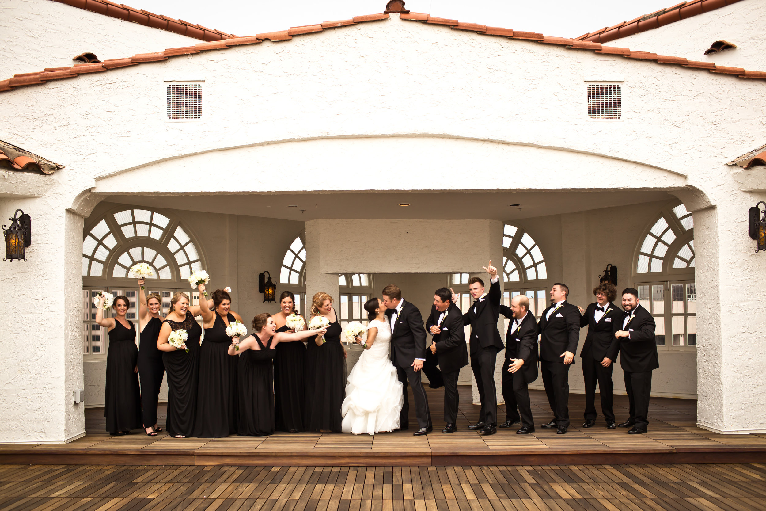 Marble_Falls_Horseshoe_Bay_Photographer_Torres_Wedding_27.jpg