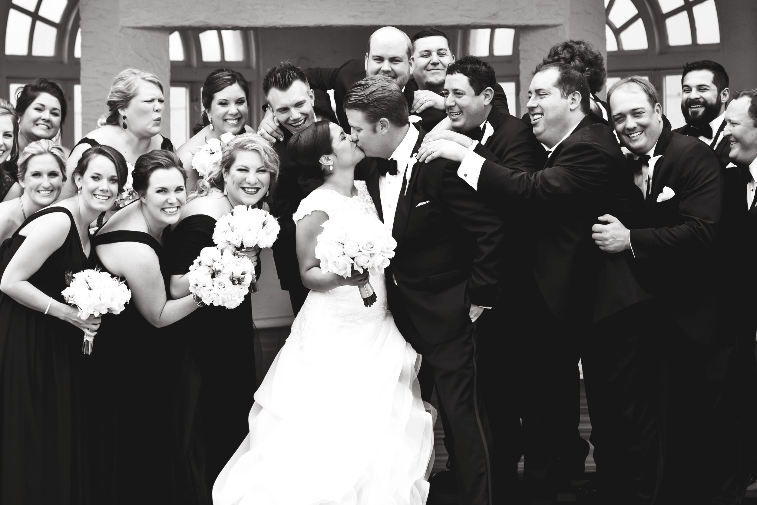 Marble_Falls_Horseshoe_Bay_Photographer_Torres_Wedding_29.jpg