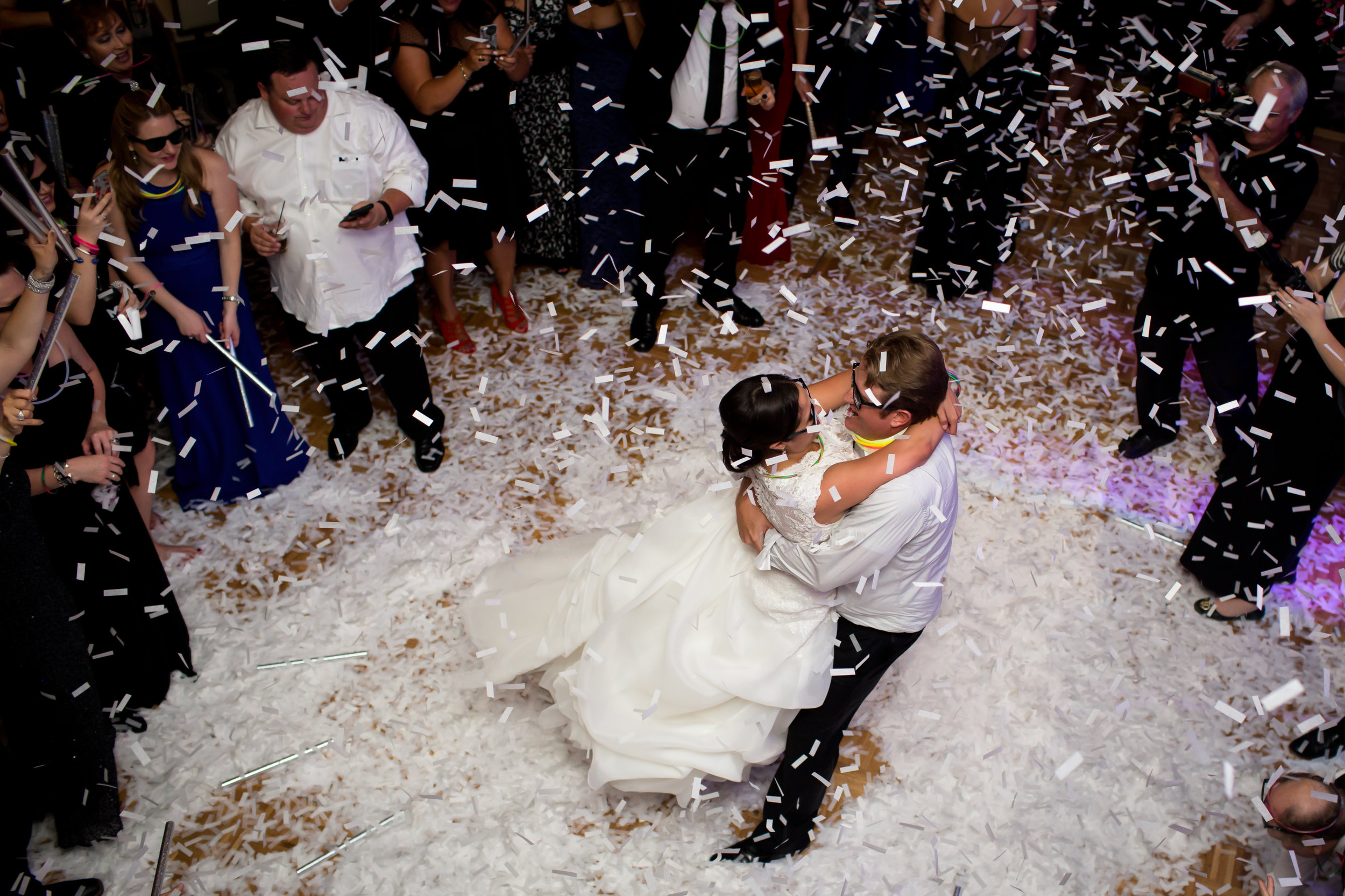 Marble_Falls_Horseshoe_Bay_Photographer_Torres_Wedding_35.jpg