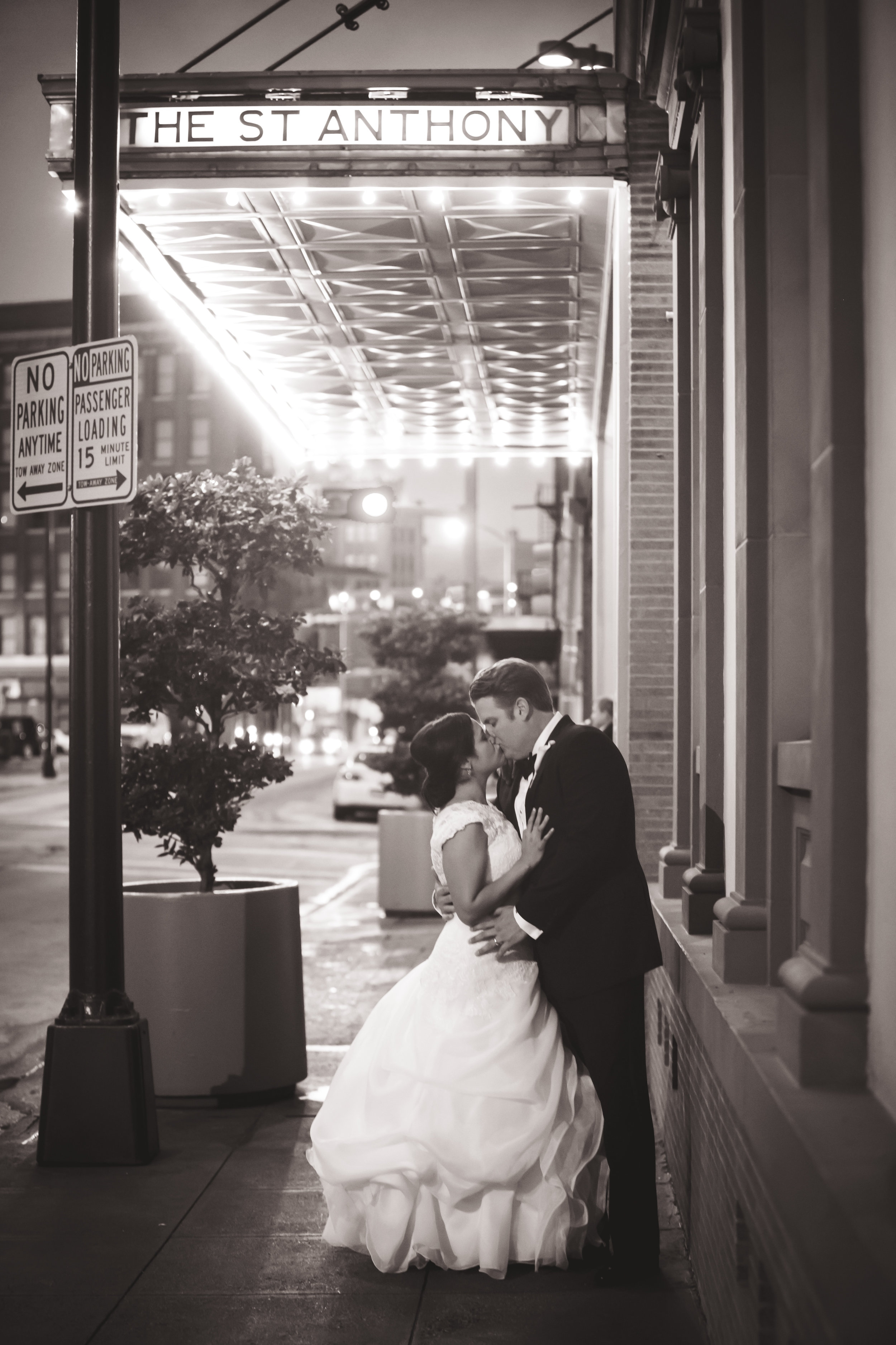 Marble_Falls_Horseshoe_Bay_Photographer_Torres_Wedding_47.jpg