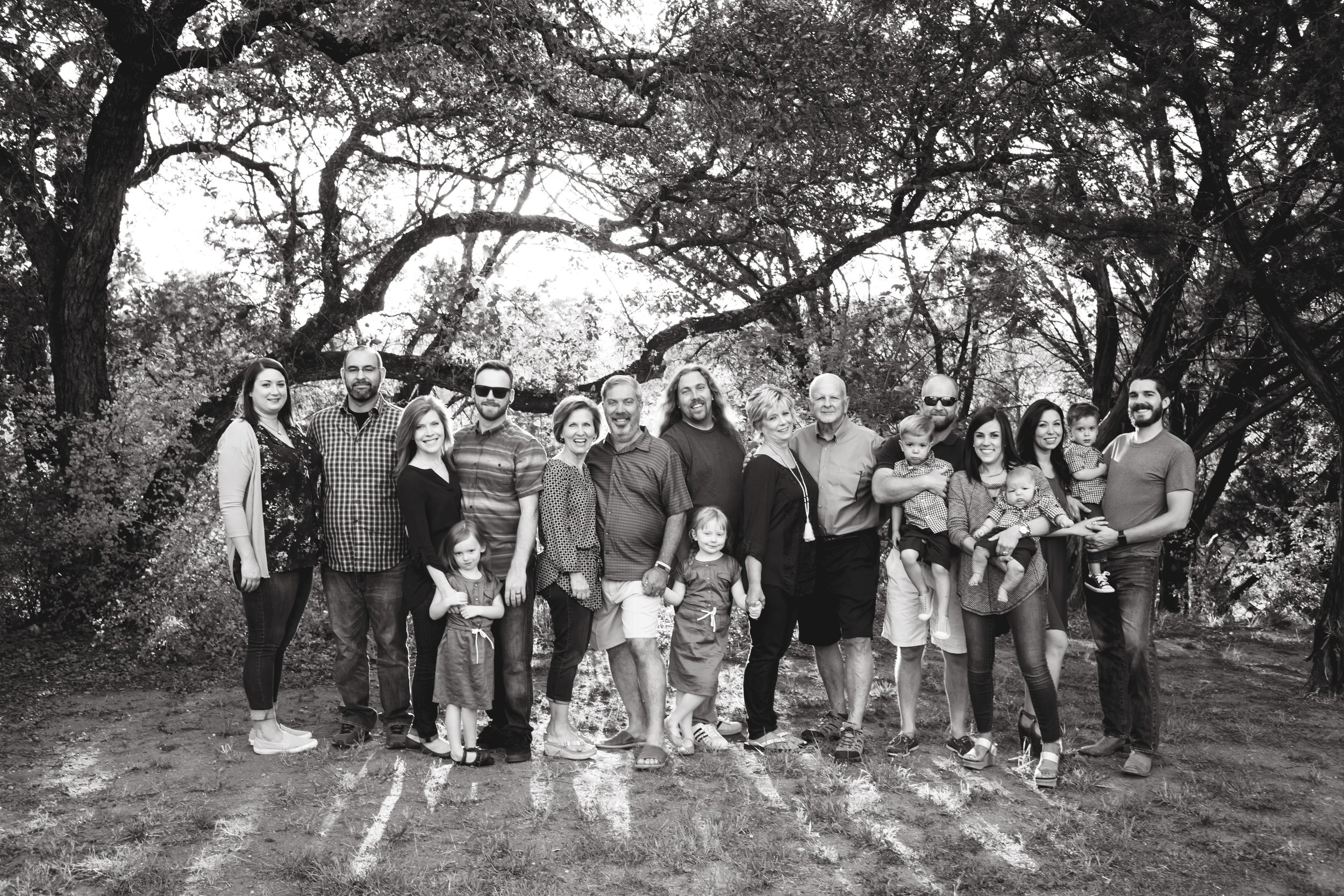 Marble_Falls_Stobaugh_Family_Photographer_Jenna_Petty_02.jpg