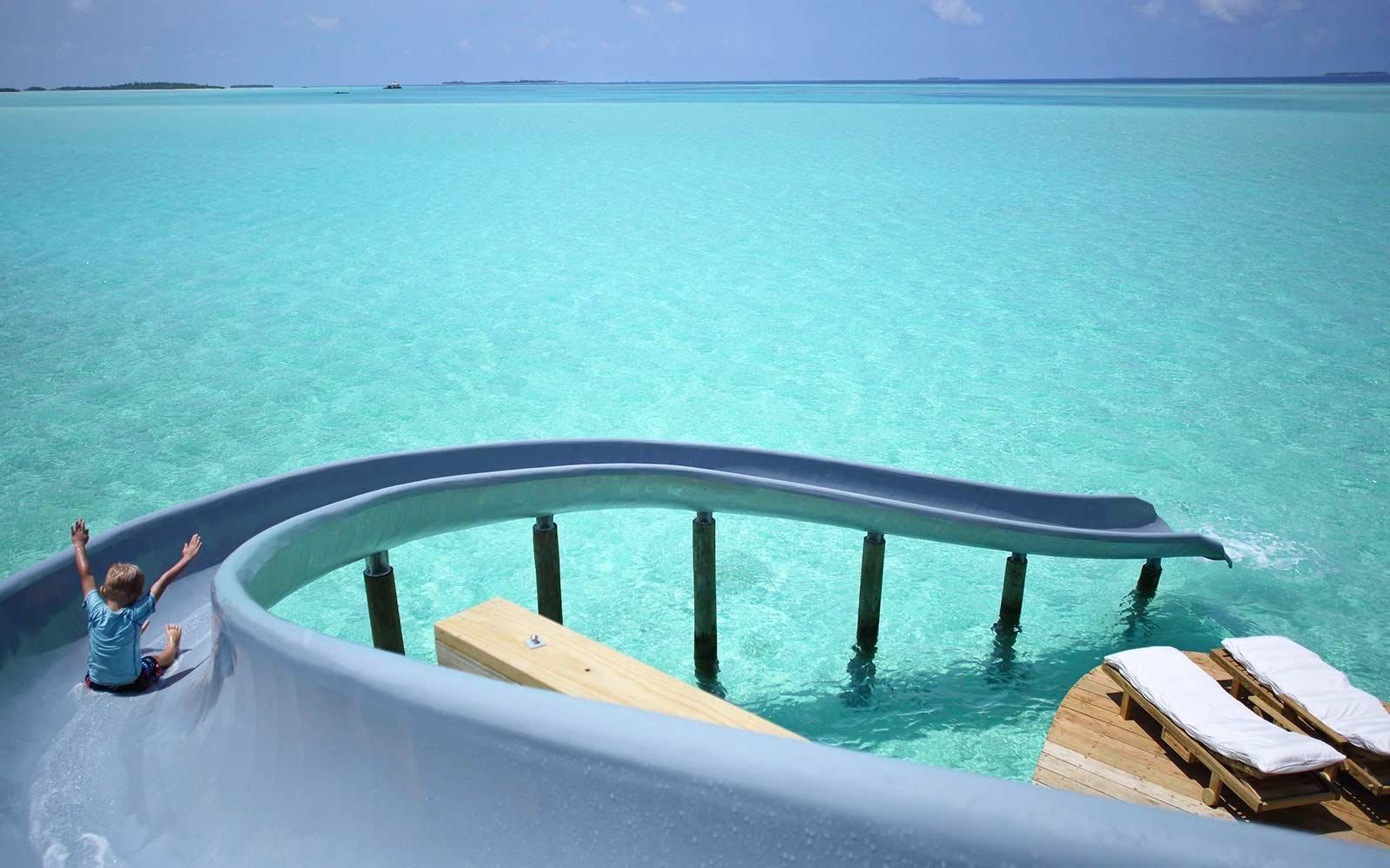 waterslide-soneva-jani-maldives-WATERSLIDE0217.jpg