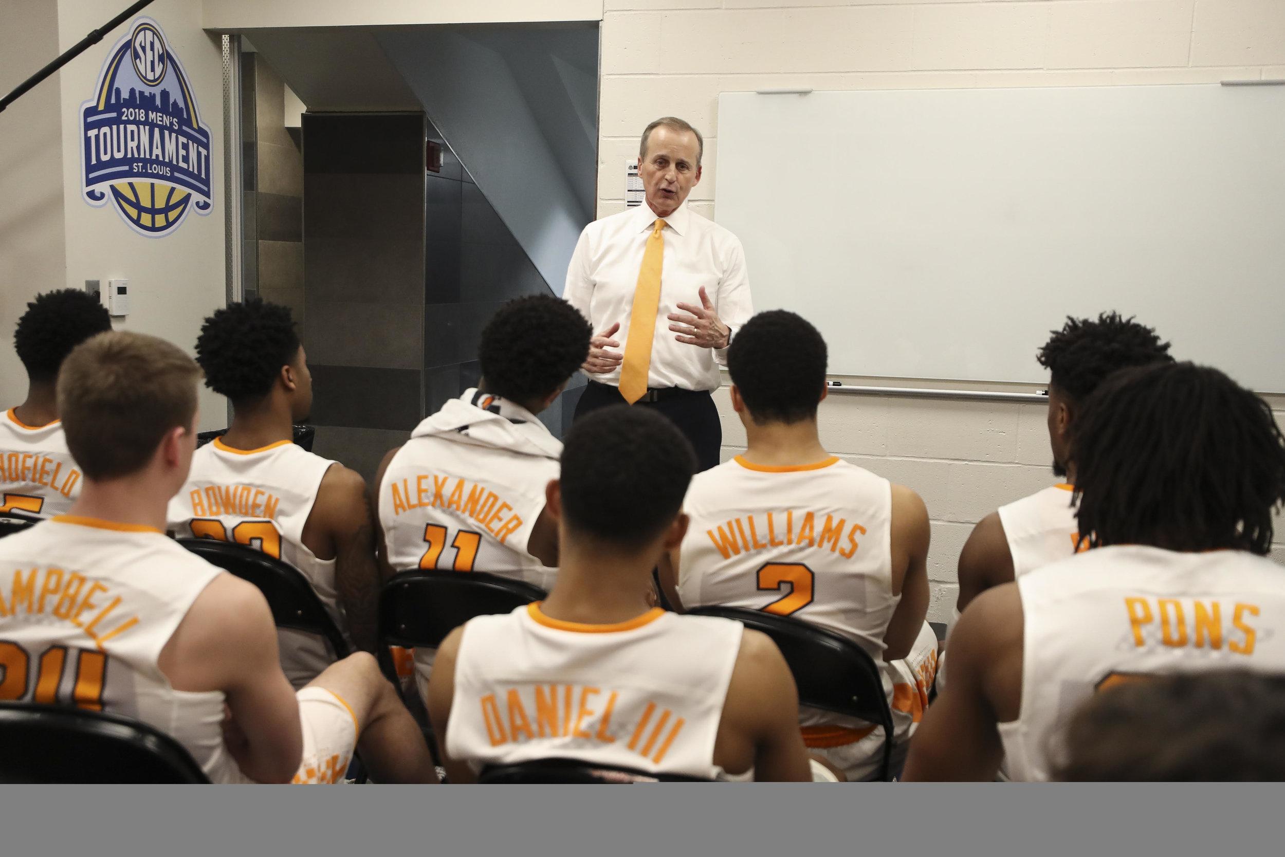 Tennessee head coach Rick Barnes